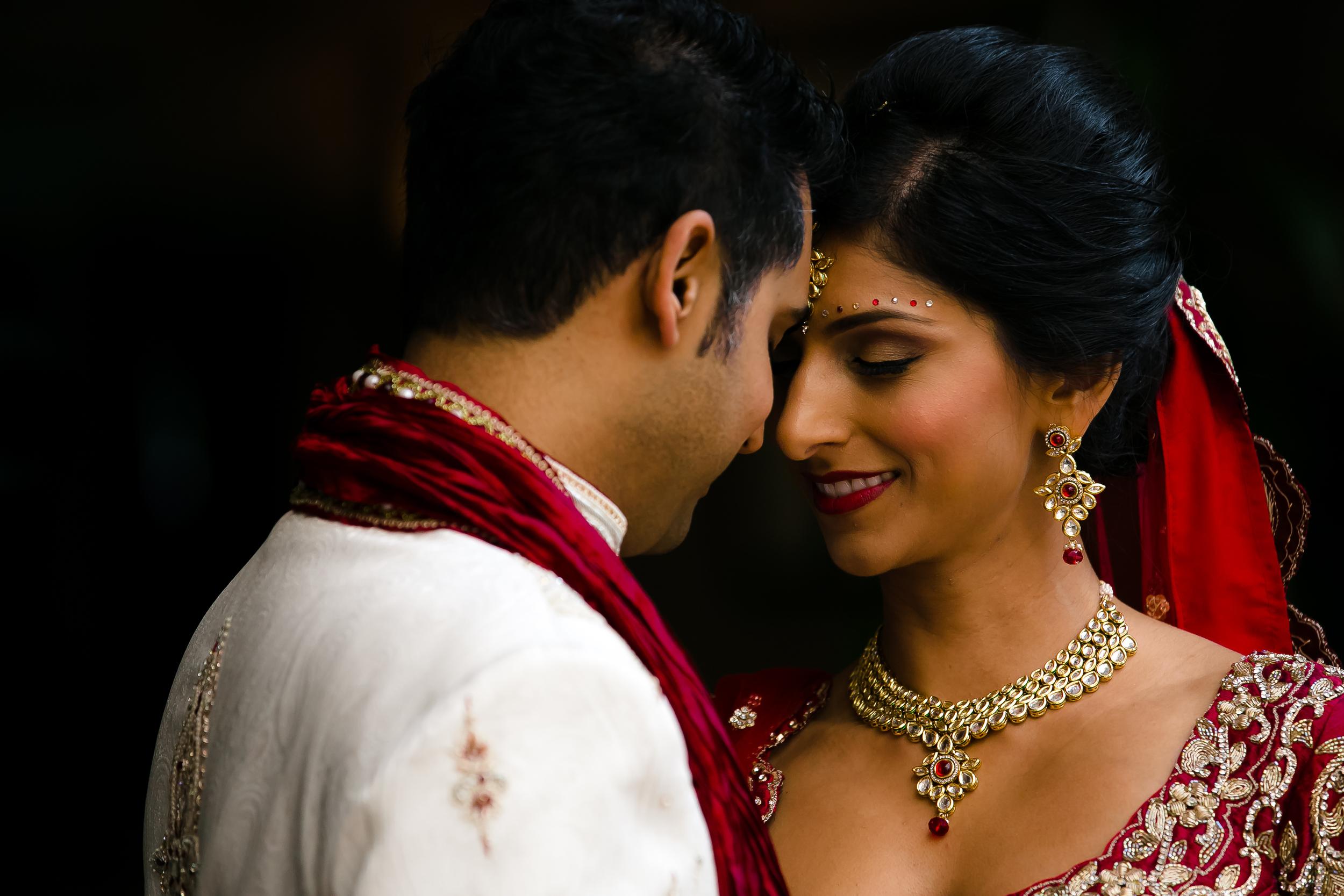 SOUTHEAST-ASIAN-INDIAN-WEDDING_015.jpg