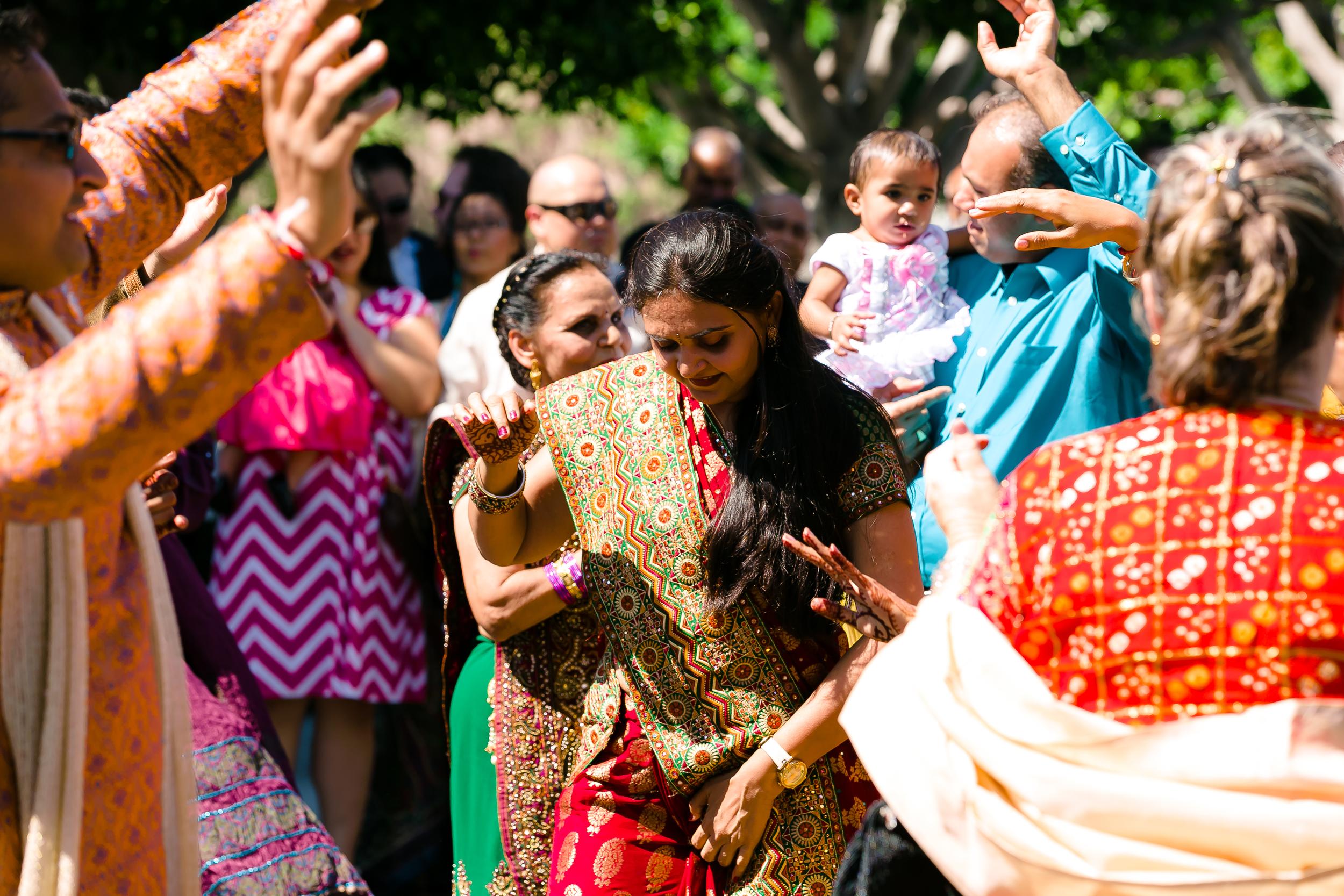 SOUTHEAST-ASIAN-INDIAN-WEDDING_024.jpg