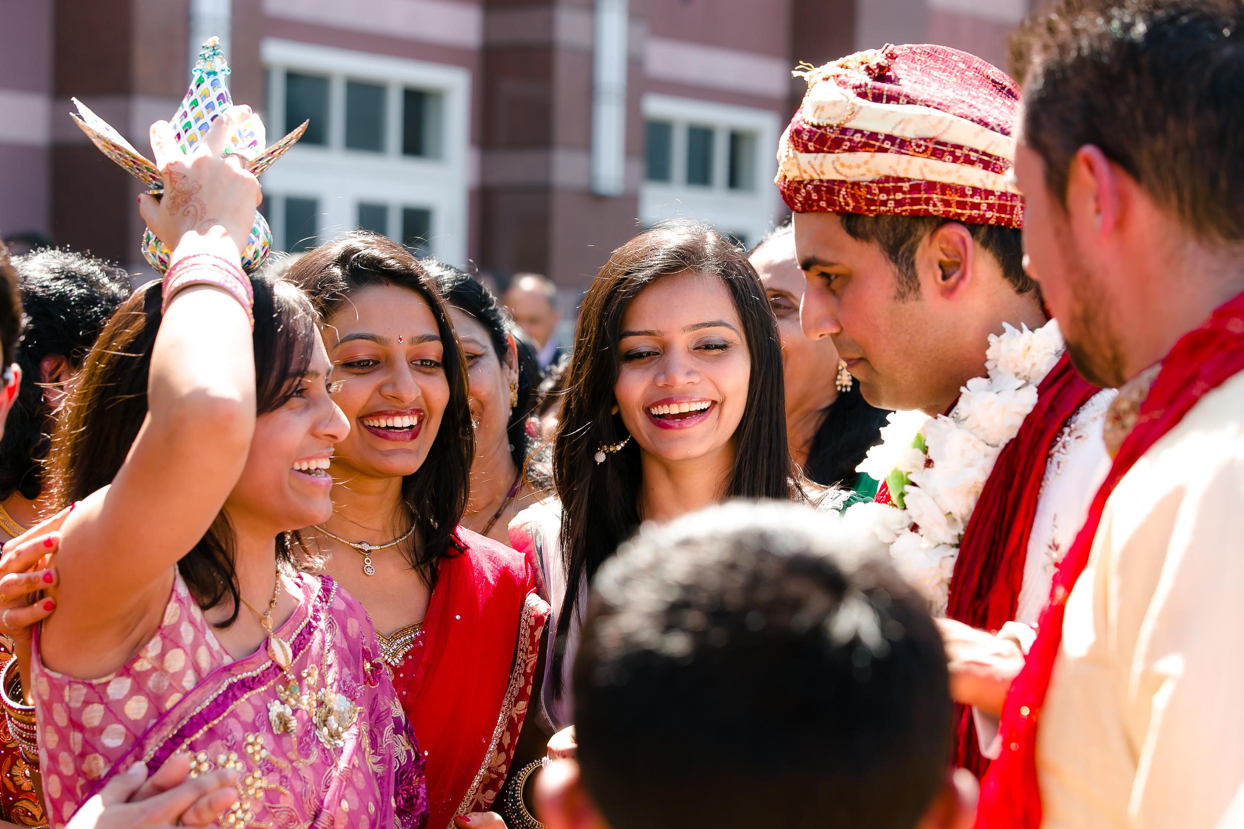 SOUTHEAST-ASIAN-INDIAN-WEDDING_029.jpg