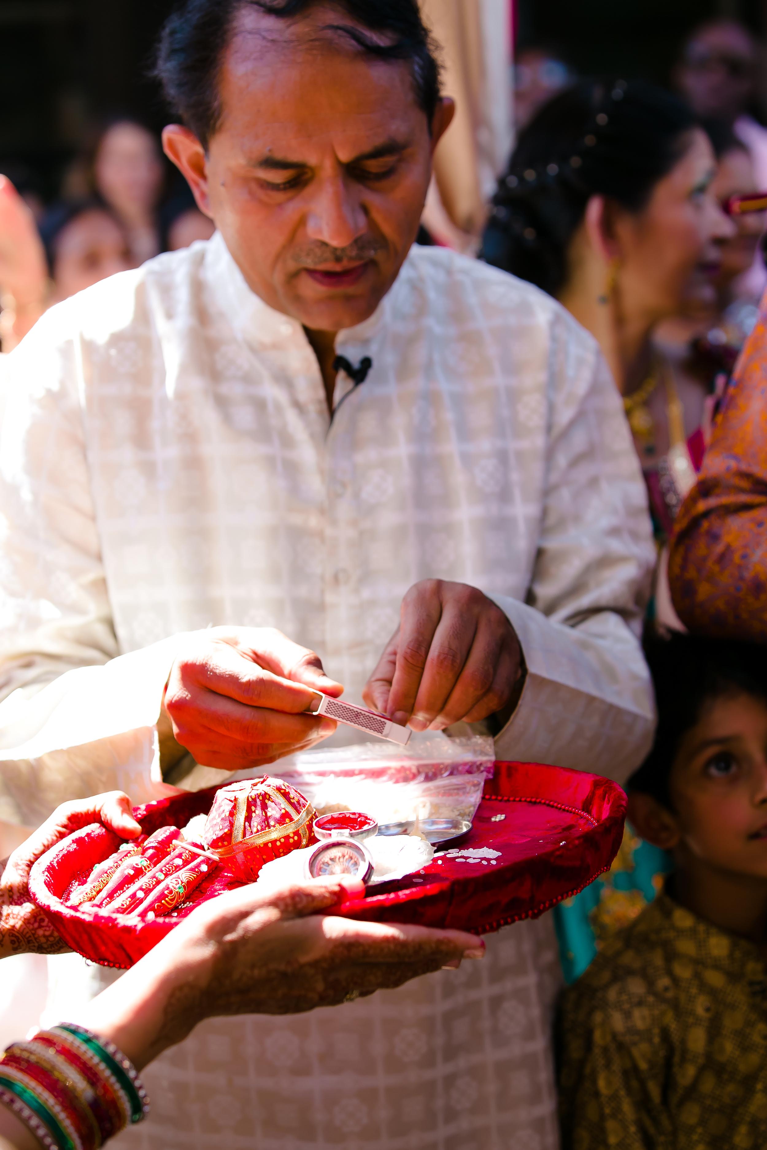 SOUTHEAST-ASIAN-INDIAN-WEDDING_030.jpg