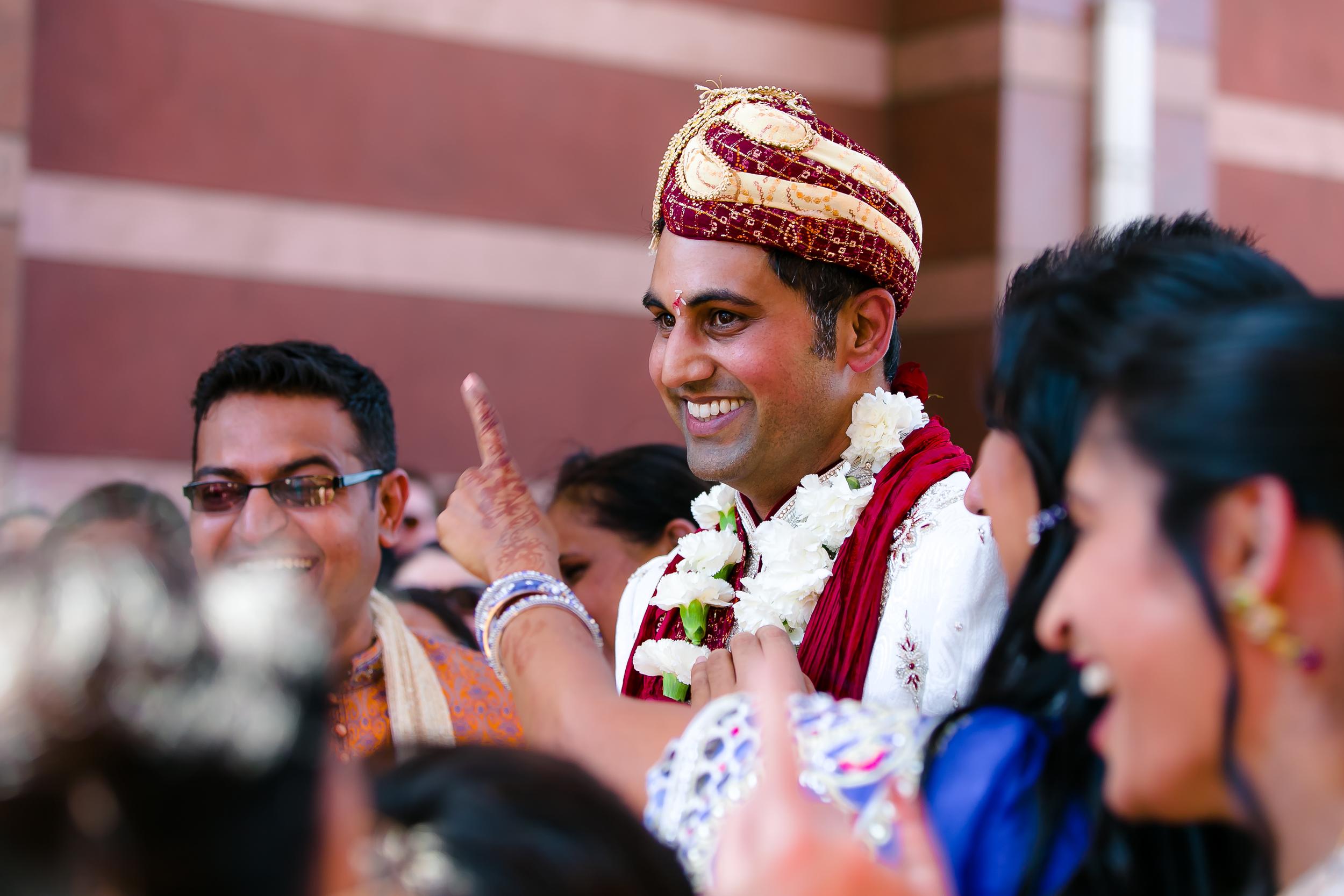 SOUTHEAST-ASIAN-INDIAN-WEDDING_034.jpg