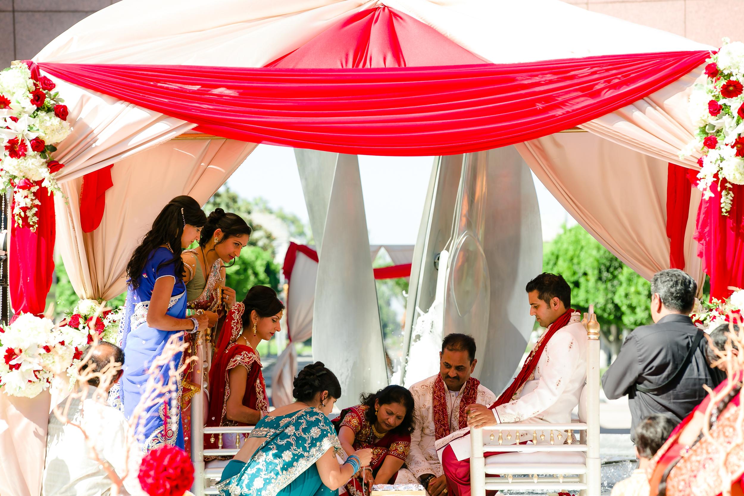 SOUTHEAST-ASIAN-INDIAN-WEDDING_040.jpg