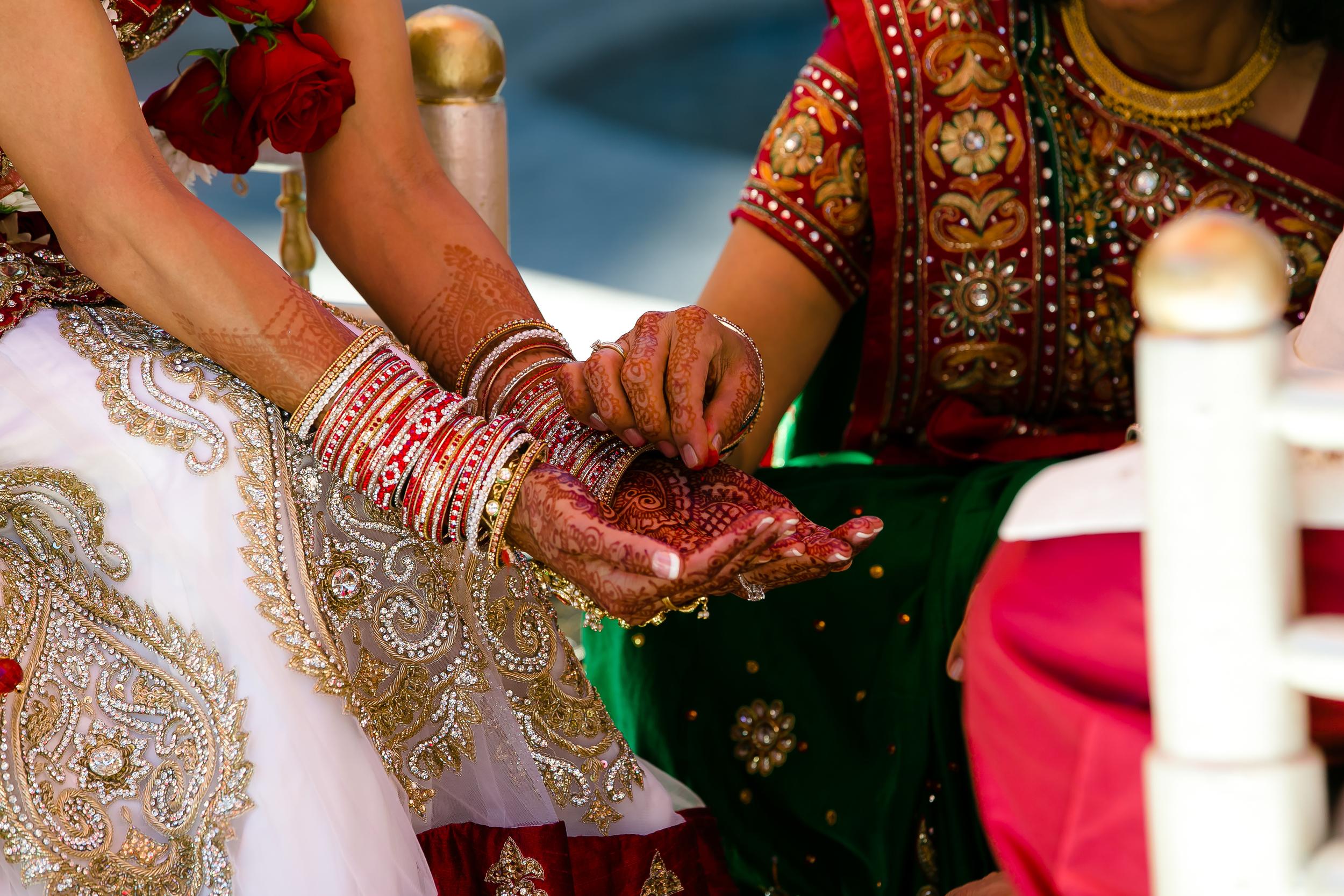 SOUTHEAST-ASIAN-INDIAN-WEDDING_046.jpg