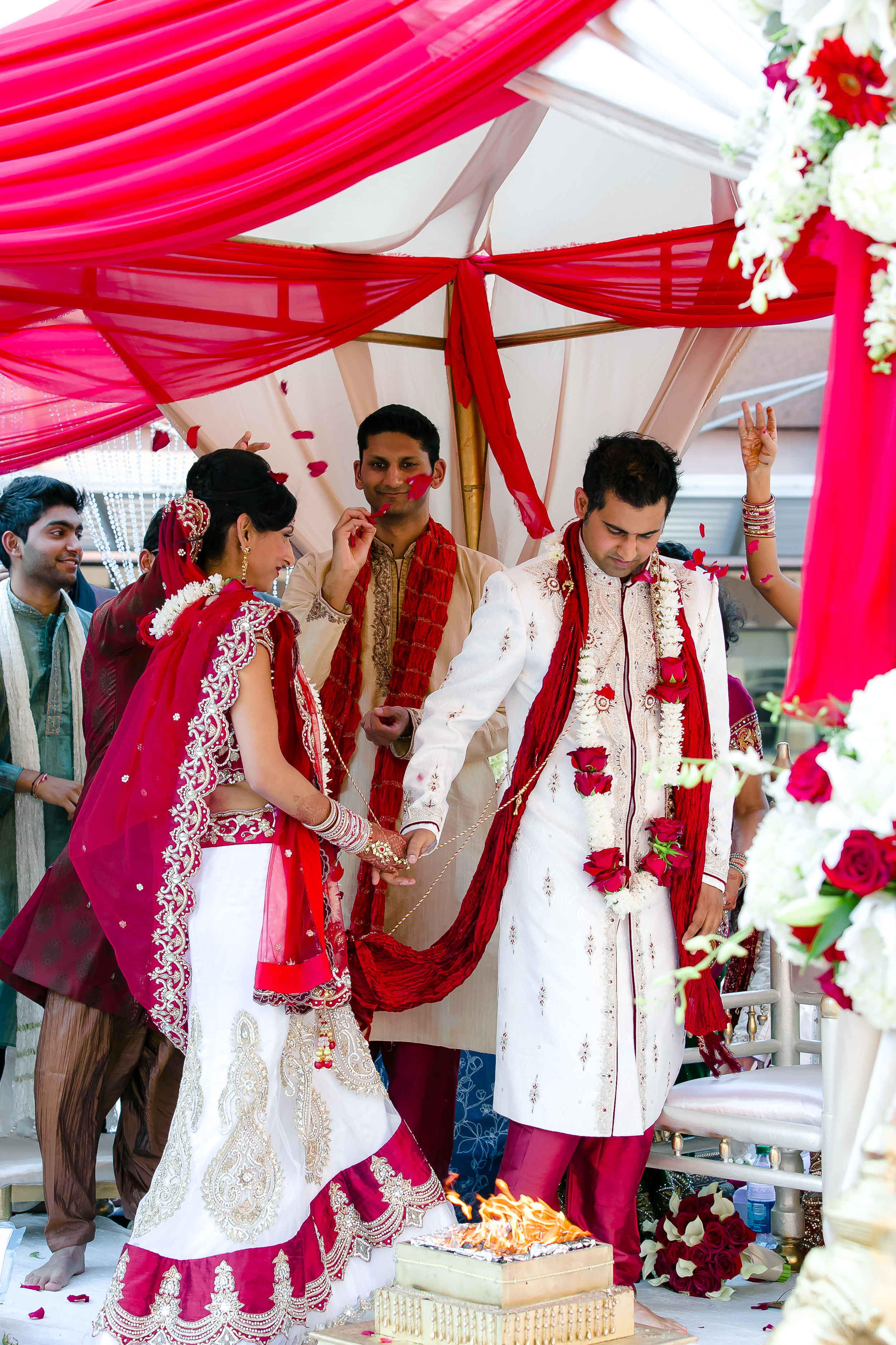SOUTHEAST-ASIAN-INDIAN-WEDDING_061.jpg