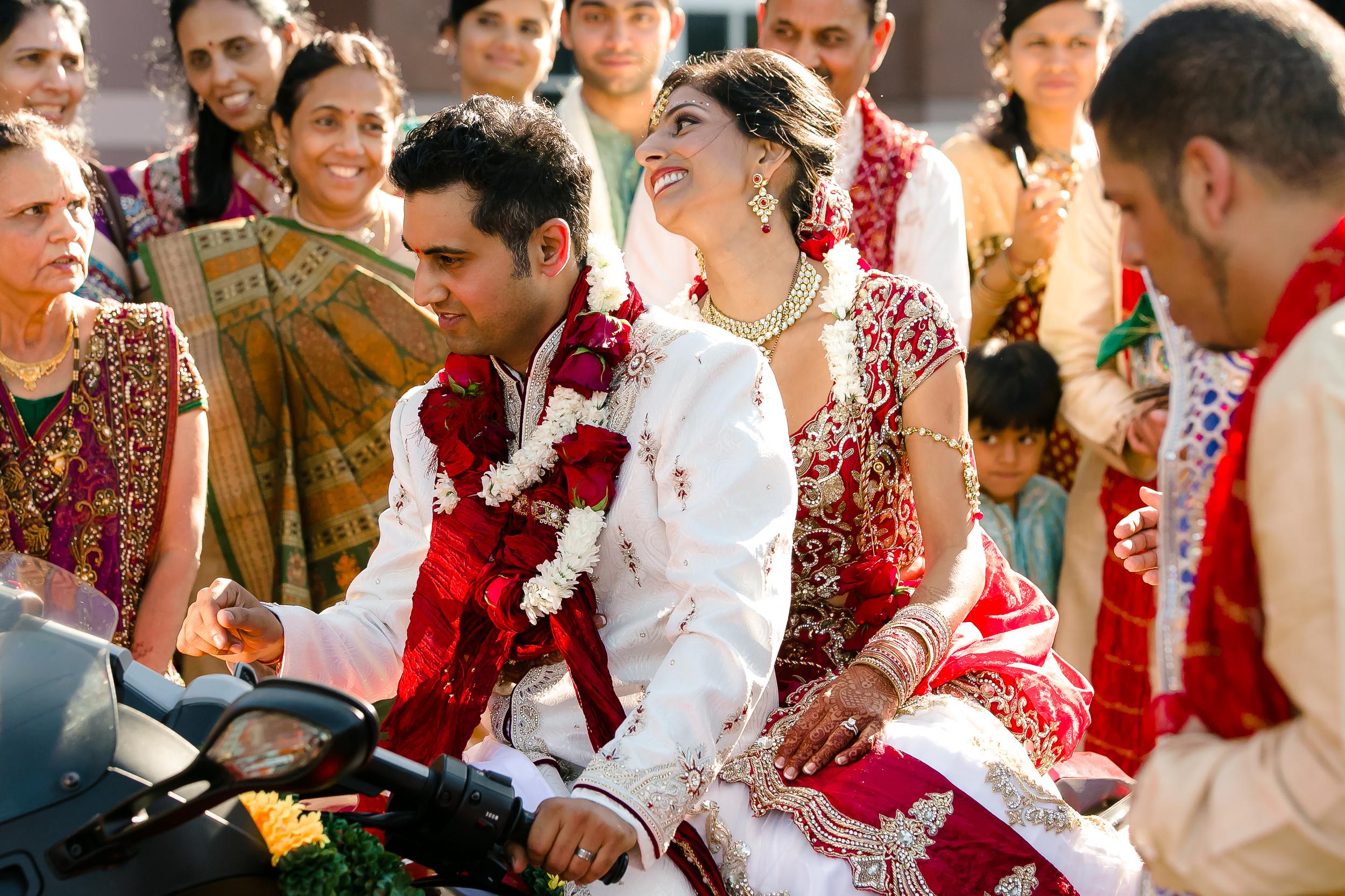 SOUTHEAST-ASIAN-INDIAN-WEDDING_073.jpg