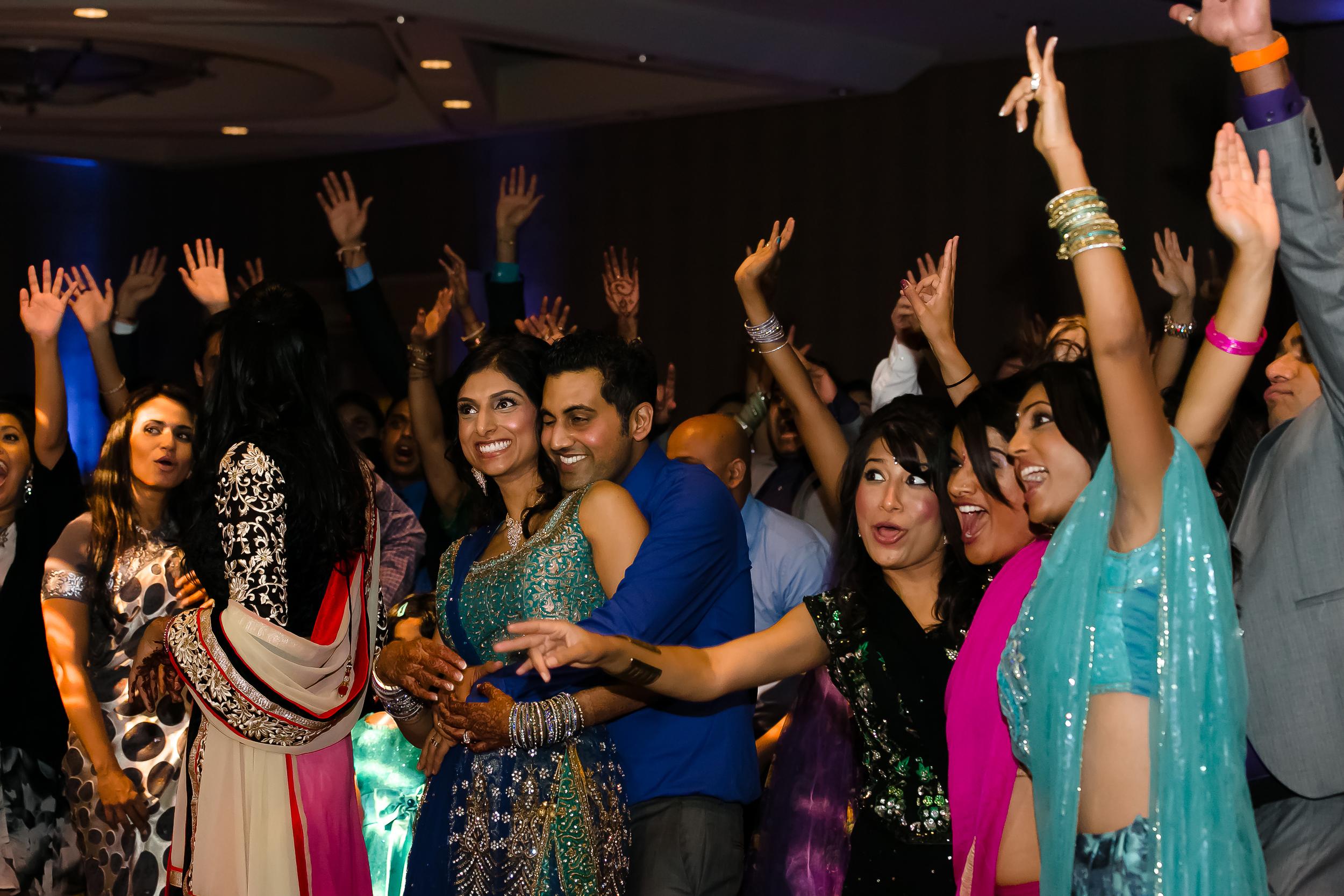 SOUTHEAST-ASIAN-INDIAN-WEDDING_082.jpg