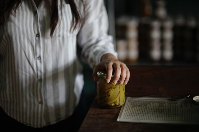 Today I visited Paulina Garcia, partner in Oaxaca bakery @boulencpan, and owner of @suculenta_oax . I love what she is doing here with all sorts of amazing ferments, pickles, jams, syrups and chill sauces ( I may need another suitcase to bring all my favourites home). Serendipitously, only a few days before my visit, Paulina had remembered a batch of chayote pickles she made several years ago using a recipe from a @cornersmith cookbook. So she opened them for us to try. Pretty special! Looking forward to collaborating in the future @artep33 ! First, watch out for Cornersmith/Suculenta cookies - coming soon to the Annandale kitchen (if I can manage to get myself on the plane - I don't want to leave you Oaxaca!) xx