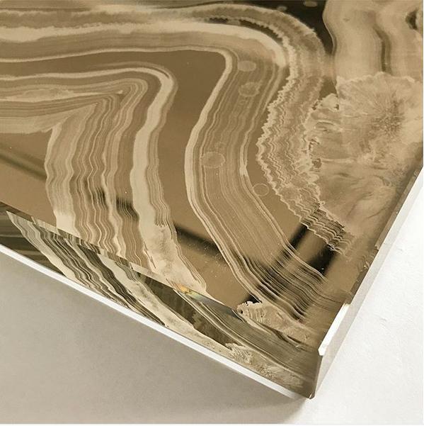 Onyx gold verre églomisé glass coffee table