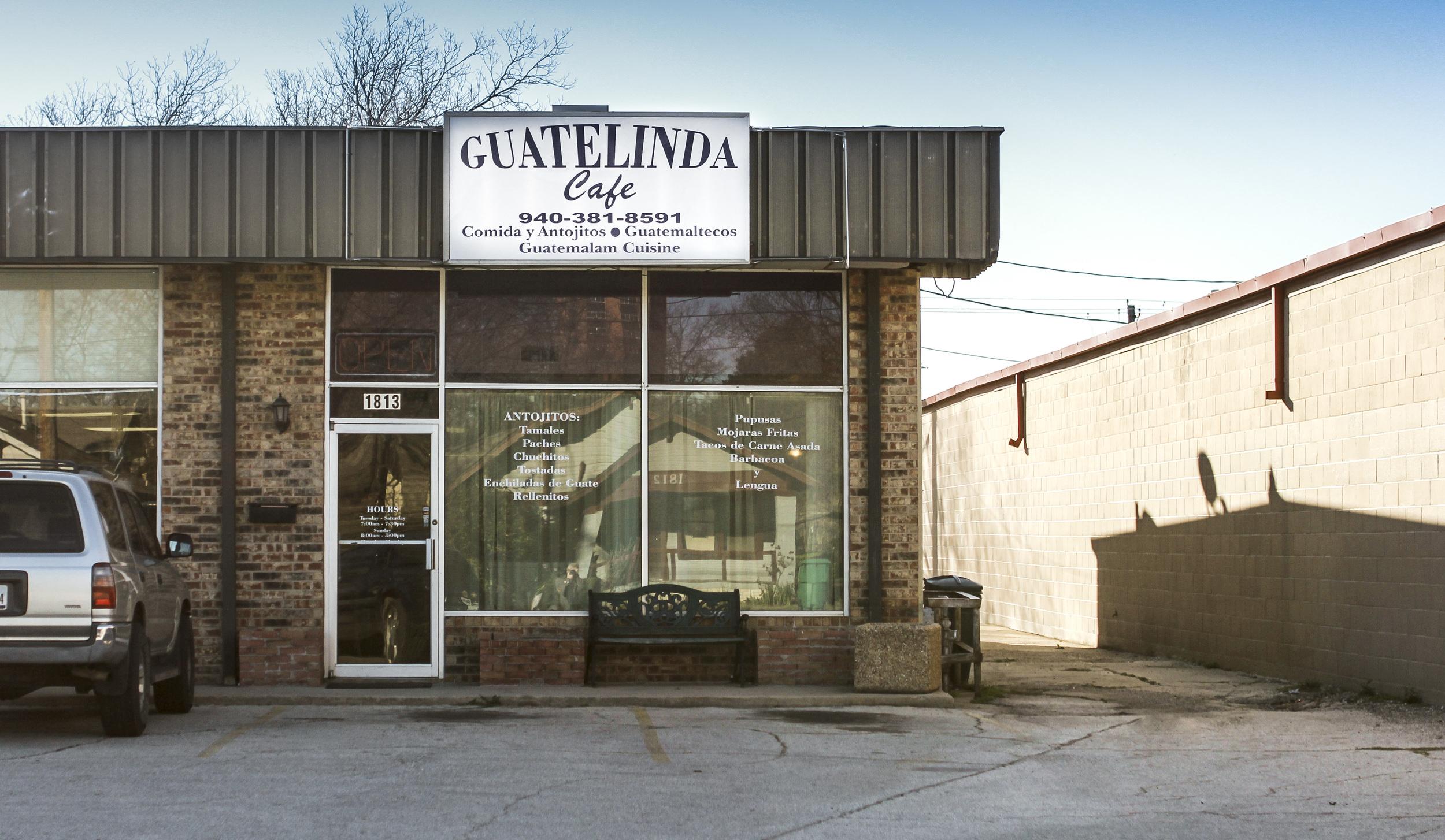 The outside of Guatelinda Cafe.