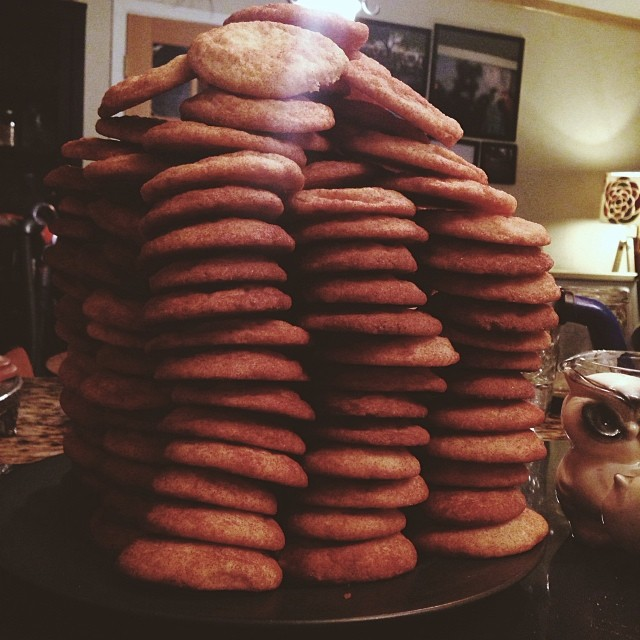 Shaina Sheaff  made the world's tallest cookie tower.