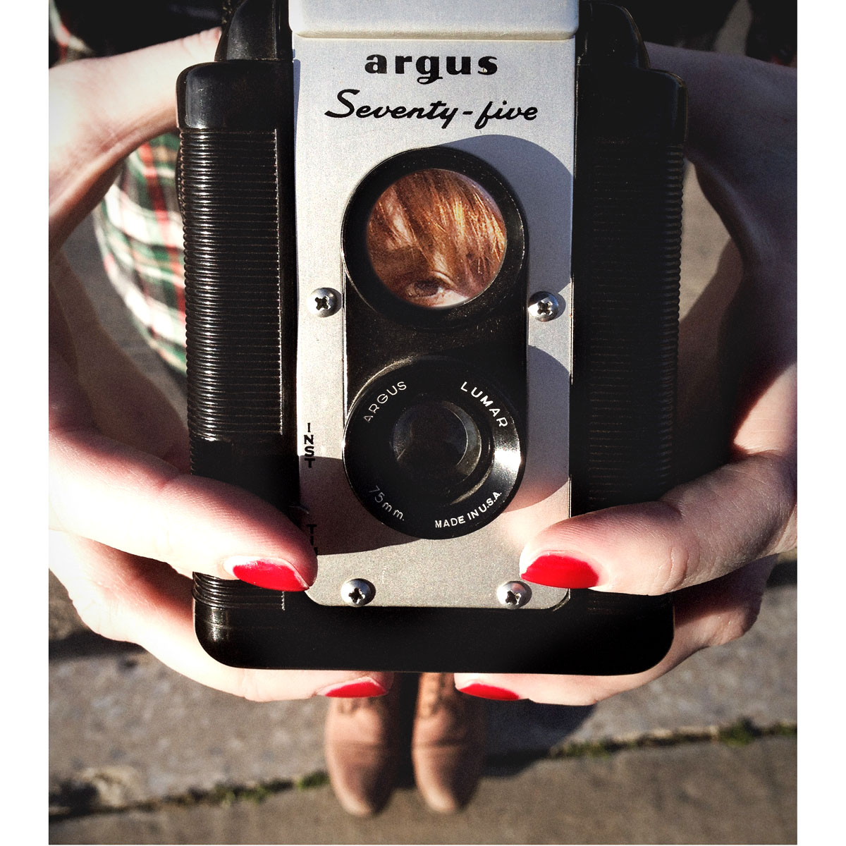 We're in the habit of going over to Denton Camera Exchange to build our vintage camera collection. We wish there were prices on the actual products, but they've got an awesome selection.