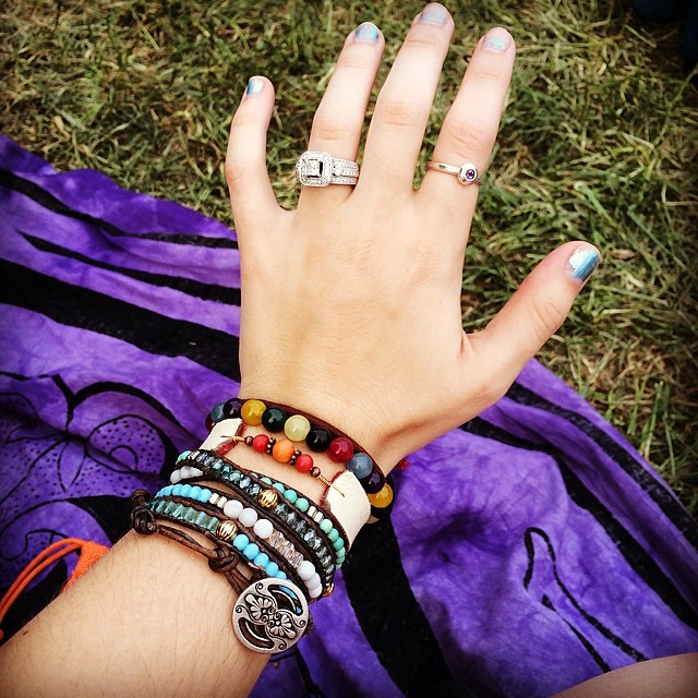 @lizkingyoga  stocked up on new handmade accessories at the festival.