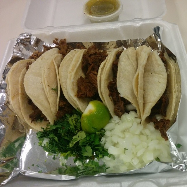 DOUBLE TACO! Jealous that @xtiffanyyoungbloodx gets to work next to La Sabrocita.