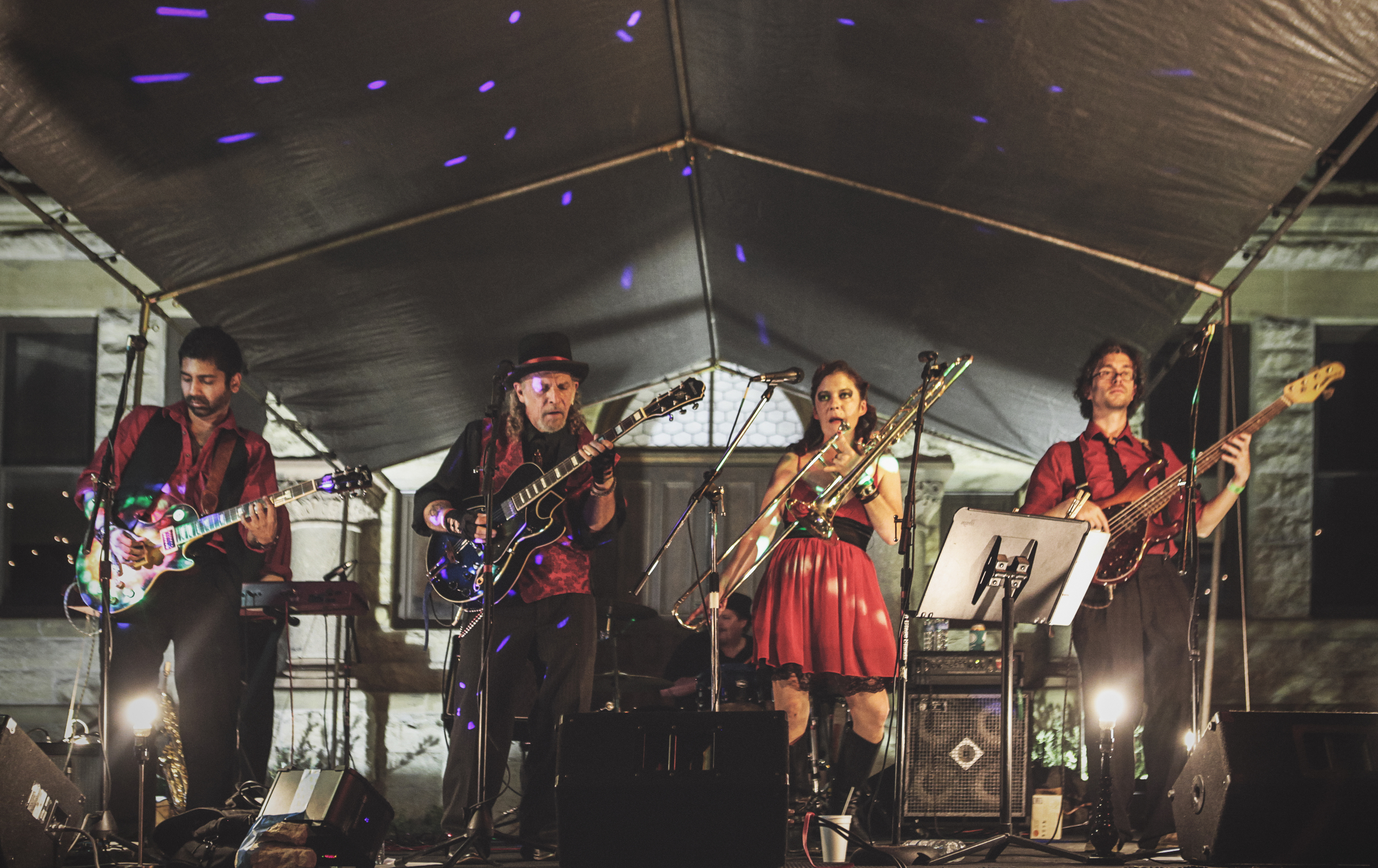 Bone Doggie and the Hickory St. Hellraisers on the courthouse lawn. Photo by  Will Milne  .