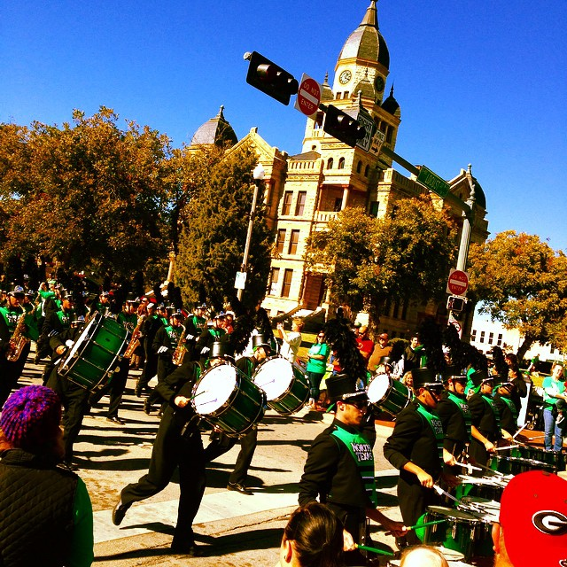 Saturday was UNT's homecoming game. They won and we got a parade. Not necessarily in that order, though.