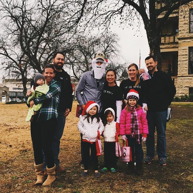 Members of Cross Timbers Church spread cheer around Denton last week.