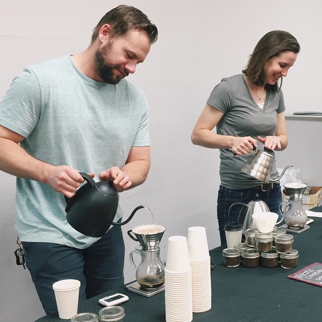 @melaniemcwhorter captured some folks pouring with the Kalita Wave.