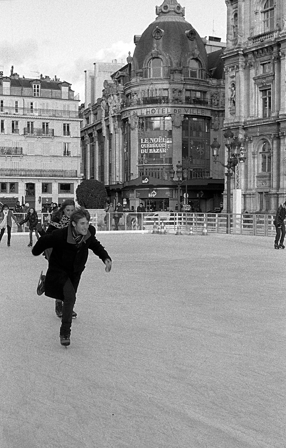 SIDE GALLERY: Henry Walker's Paris  12/09/15 - 01/15/16