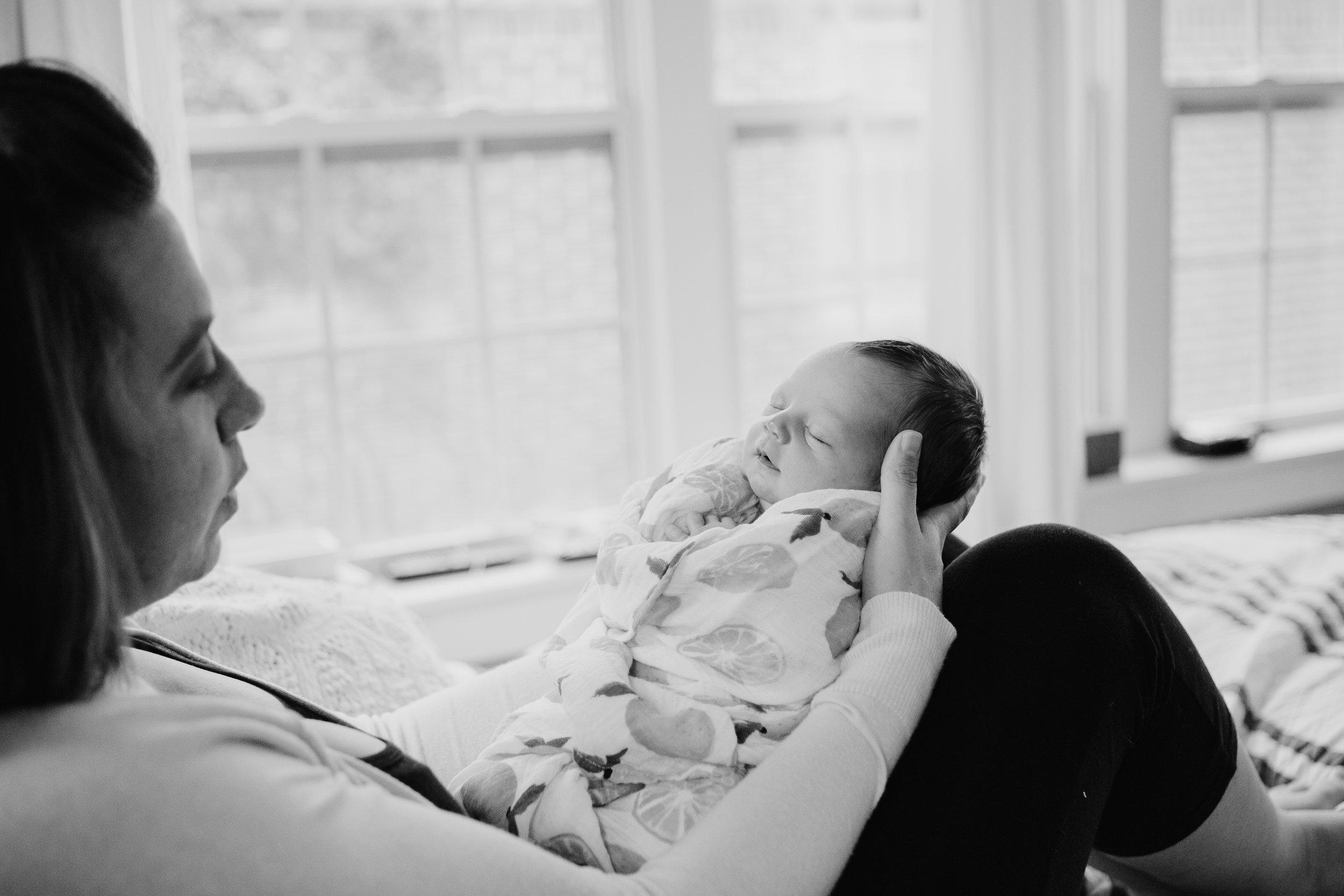 black-and-white-natural-newborn-okc