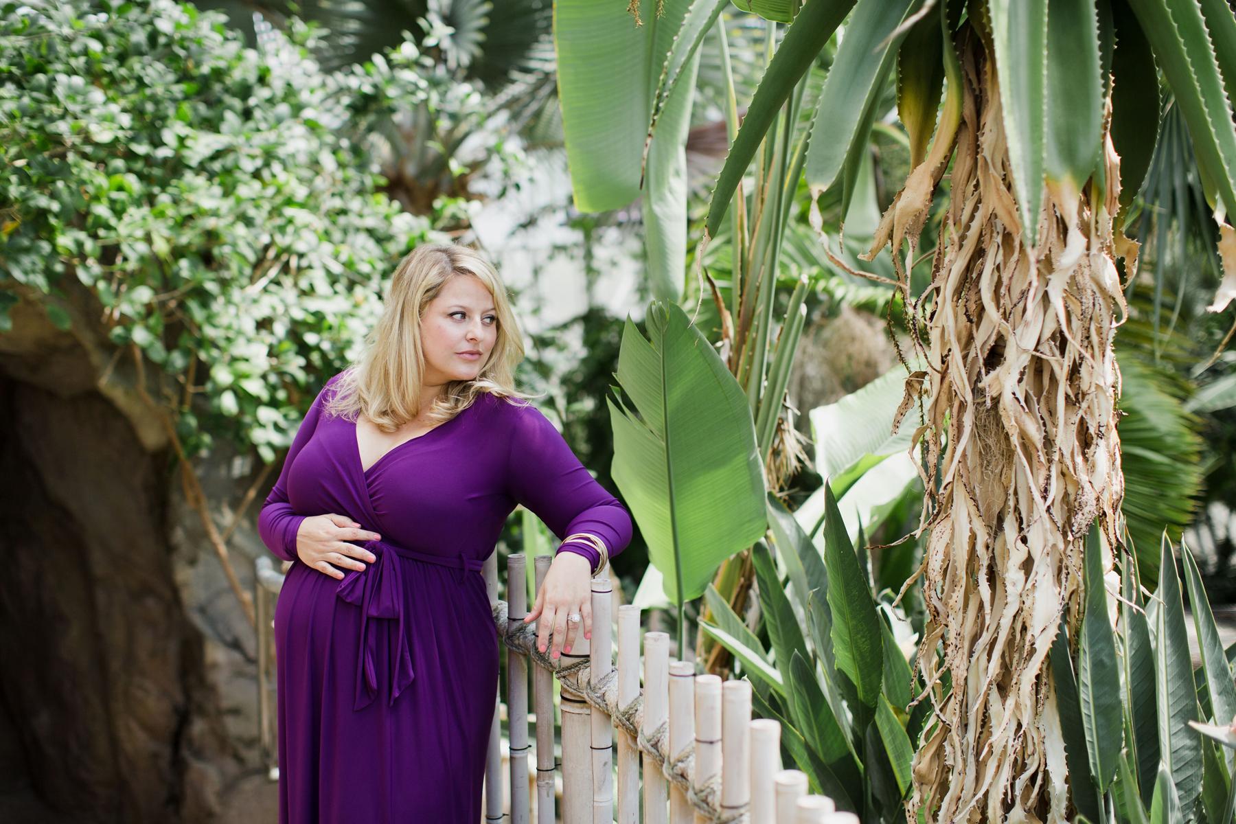 Best_Maternity_Photographer_OKC_Myriad_Gardens.jpg