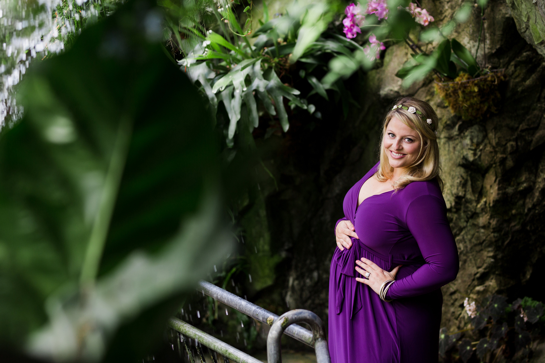 Myriad_Gardens_Crystal_Bridge_Maternity_Photos_OKC.jpg