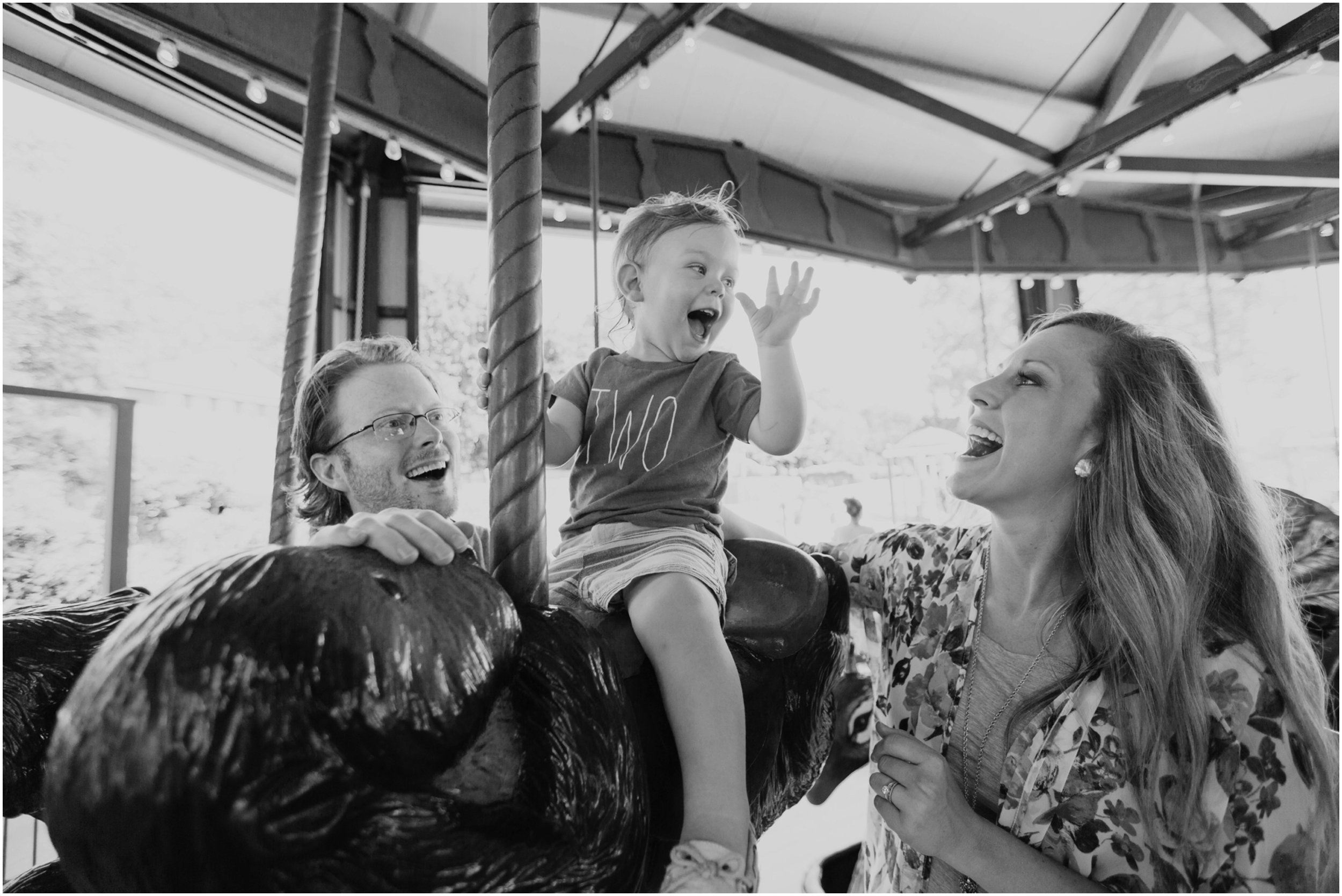 Oklahoma_City_zoo_family_photographer_birthday_photos_candid.jpg