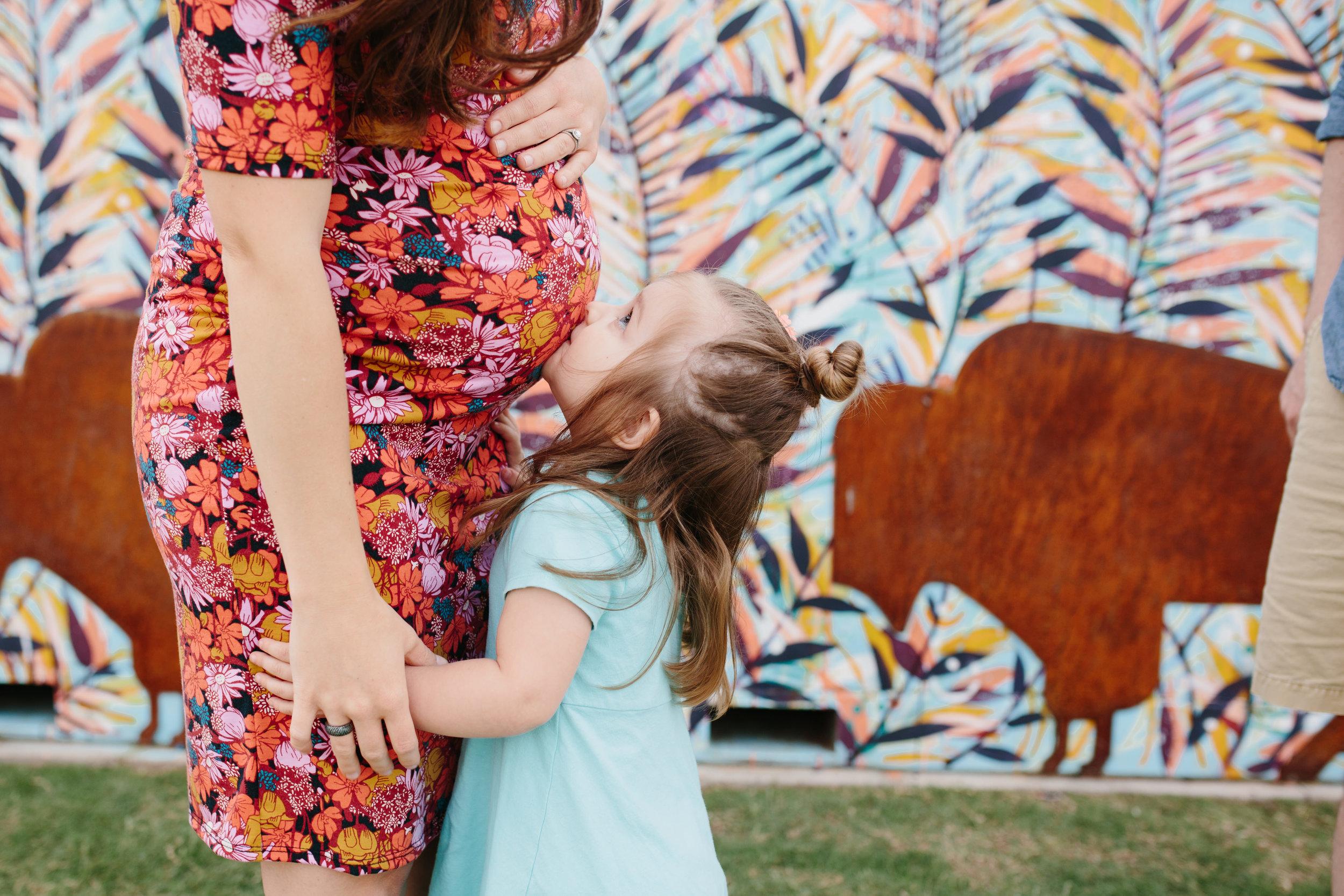 midtown-okc-mural-maternity-photos.JPG