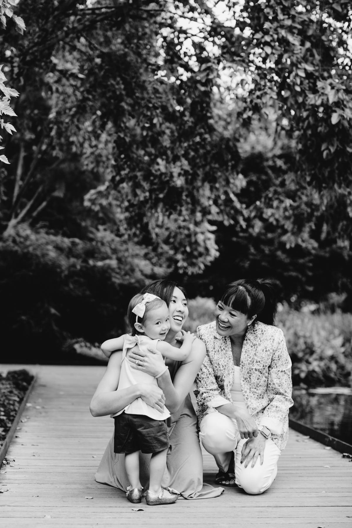generational-mom-and-daughter-photos-okc.JPG