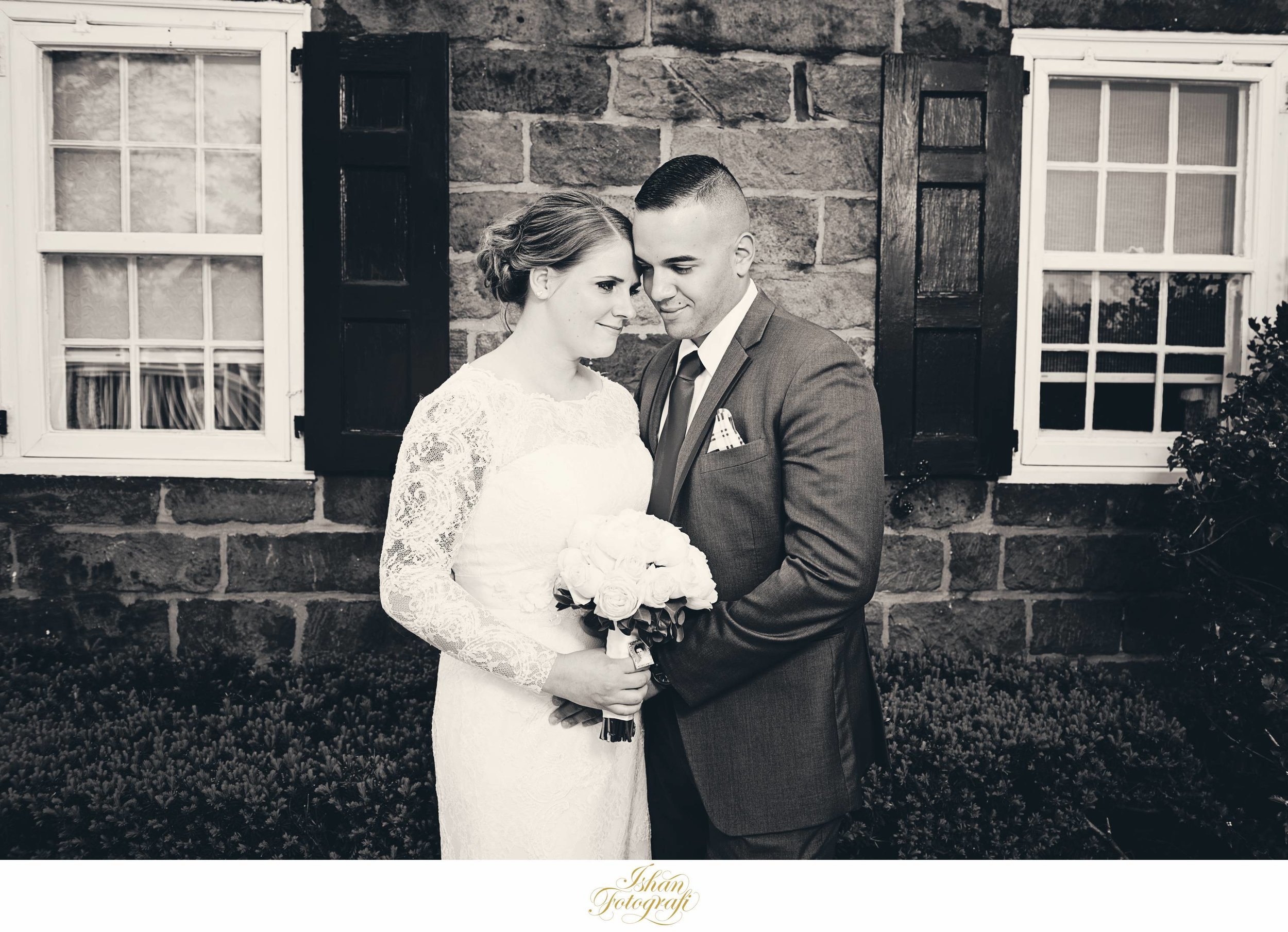They compliment each other just so wonderfully. Stony Hill Inn has a really nice brick wall which we wanted to use to make a stunning portrait of our bride and groom.