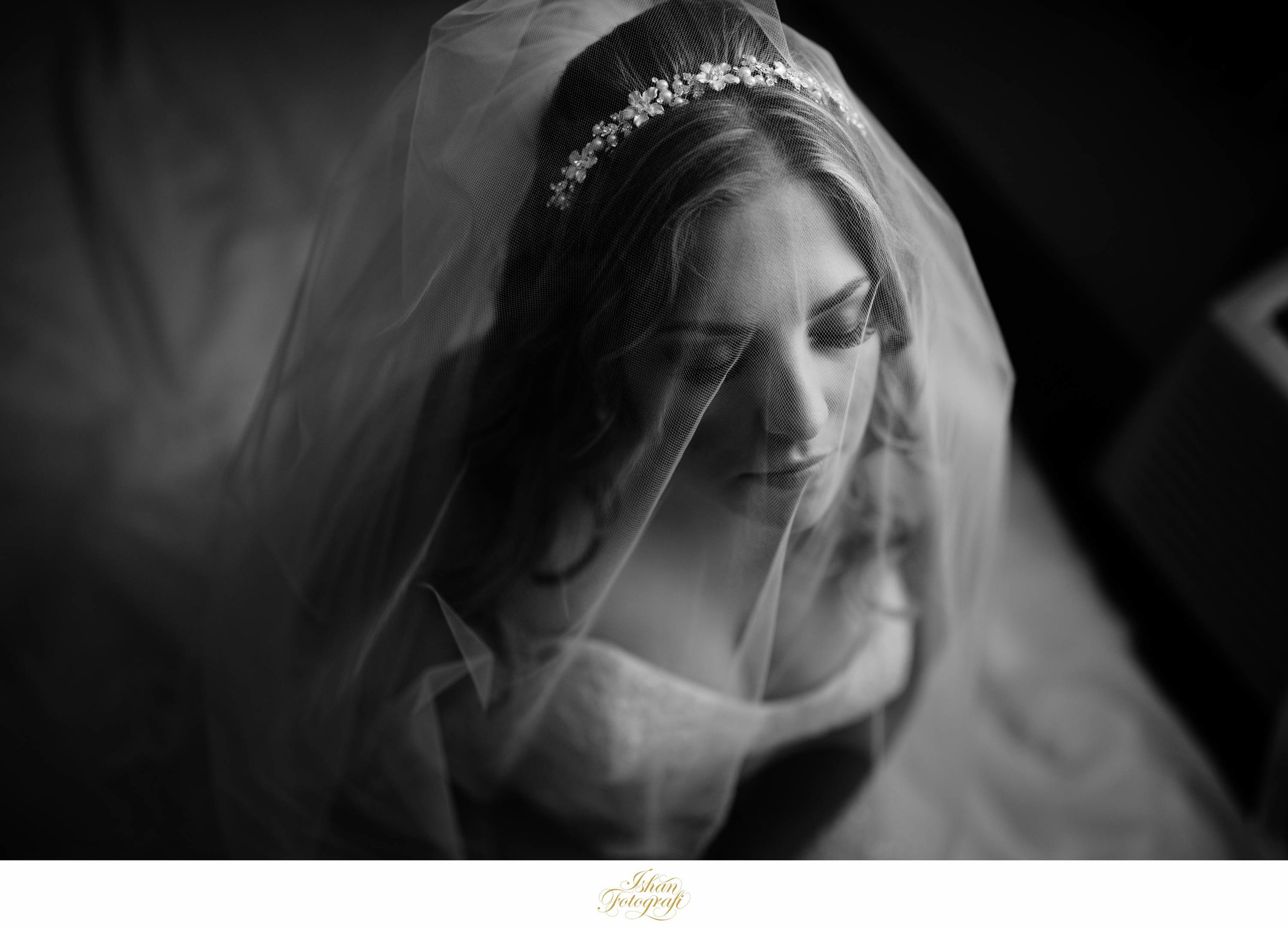 Kerrie looked very graceful in her wedding gown. We wanted to capture the details of her veil, her headband & that flawless makeup; and so we did!