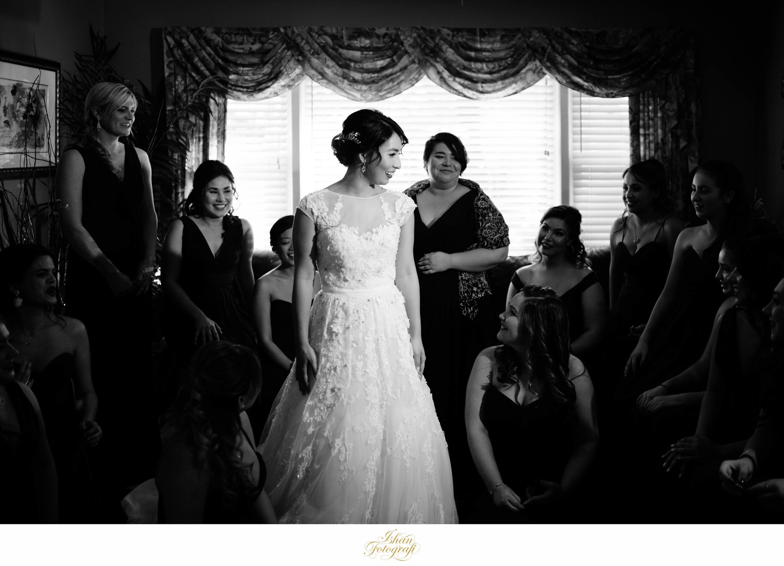 This was a big bridal party and they were all so eager to help our bride!