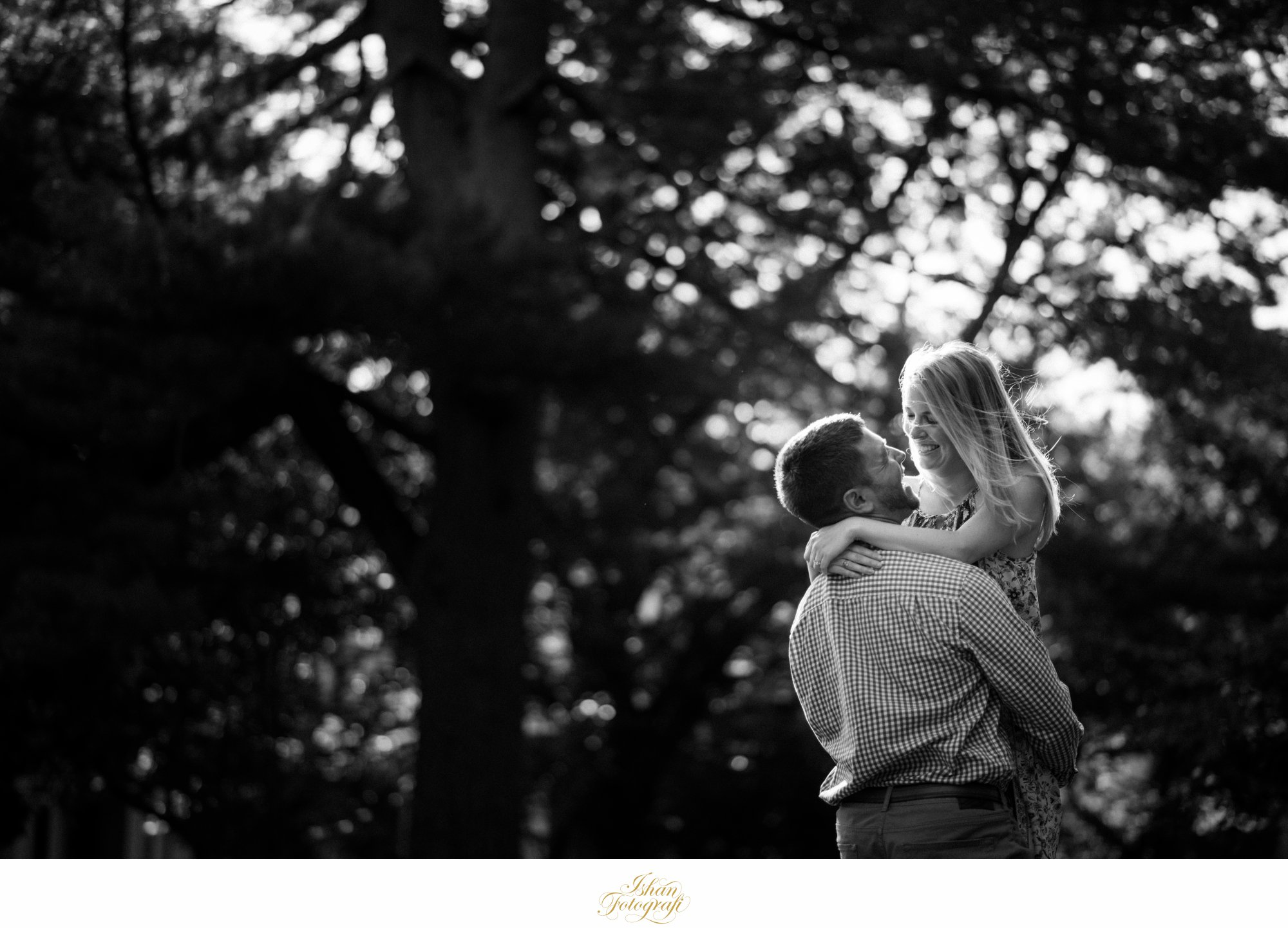 ringwood-skyland-manors-engagement-photo
