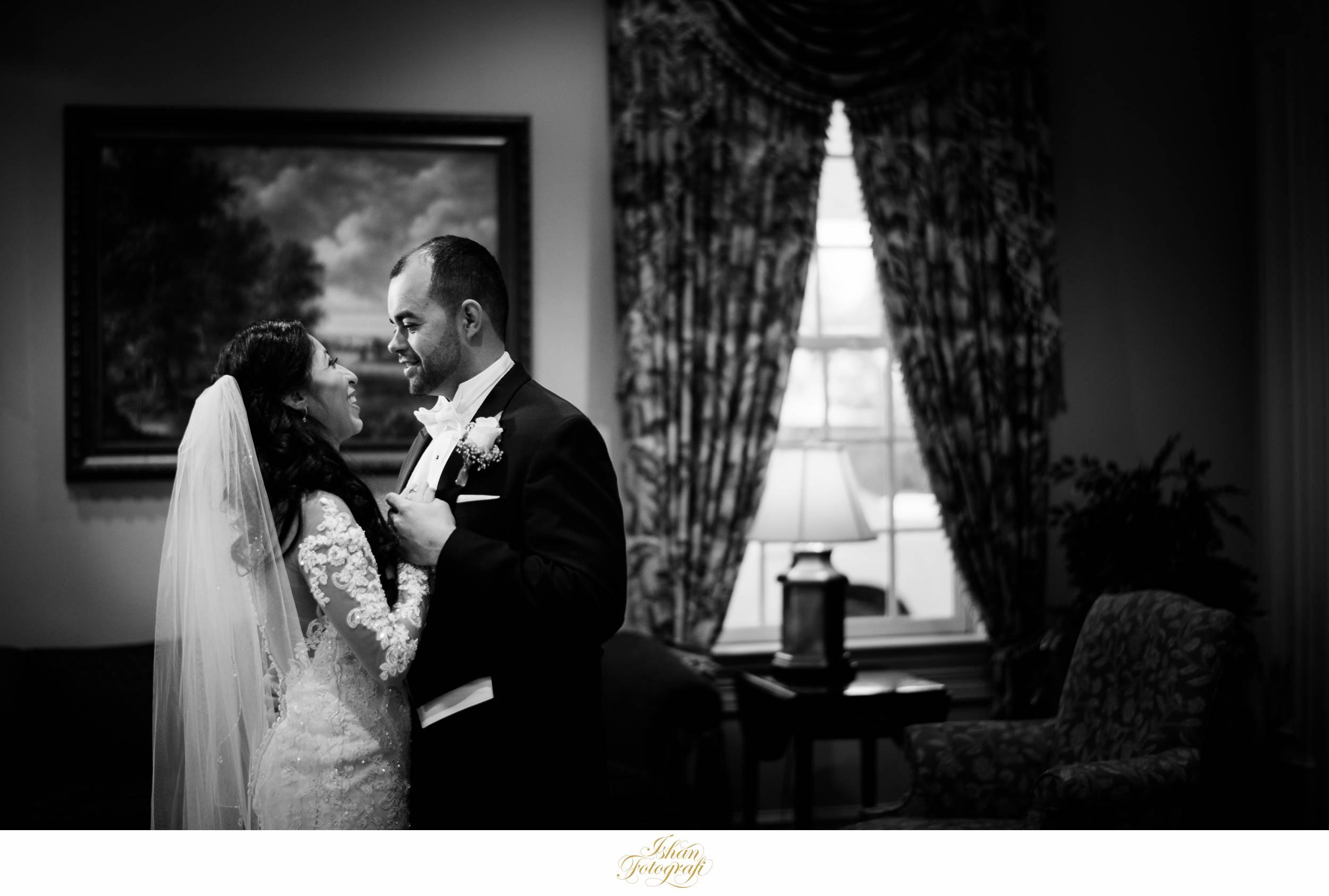 wedding-photos-meadow-wood-manor-randolph