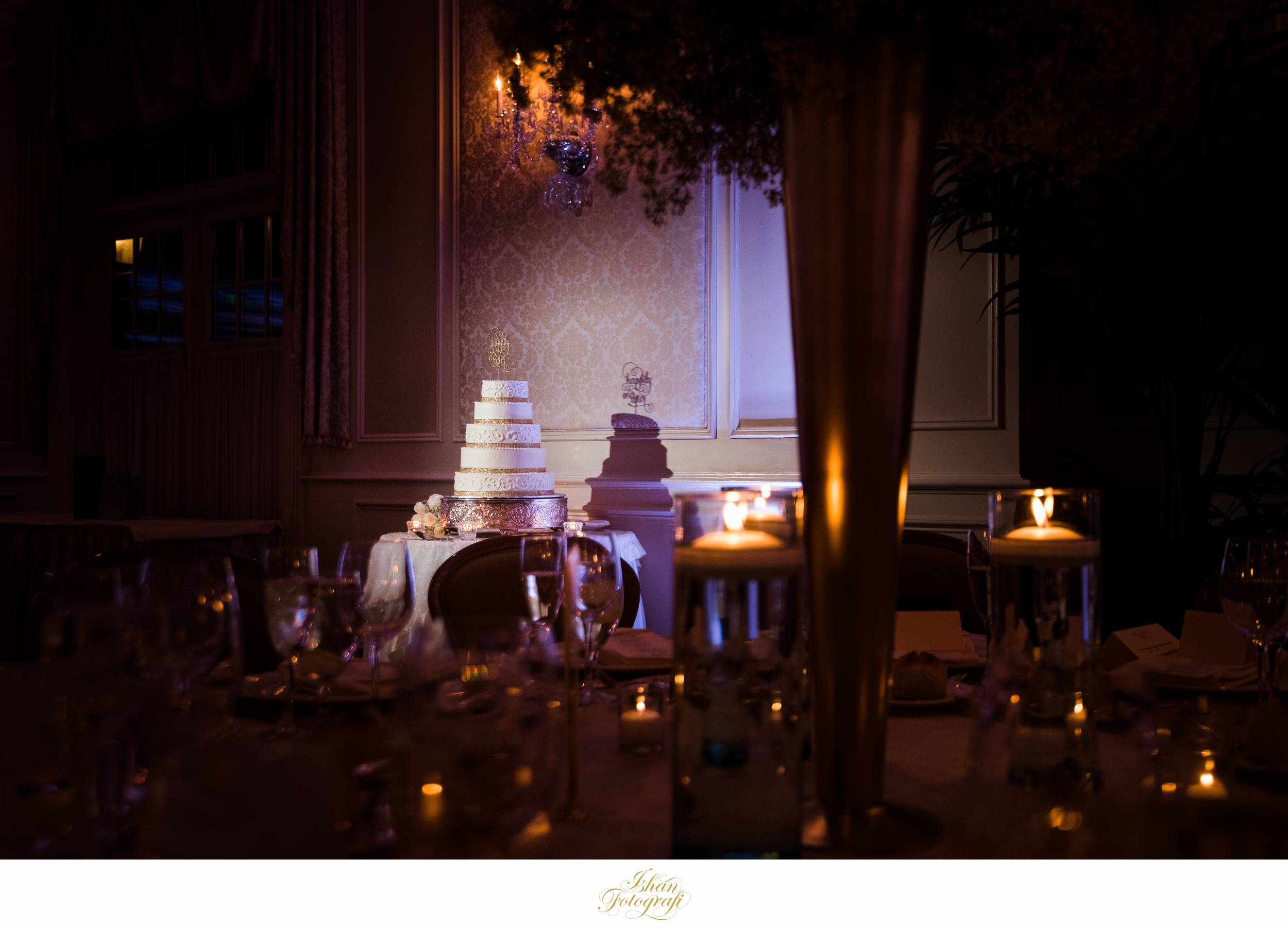 wedding-cake-meadow-wood-manor
