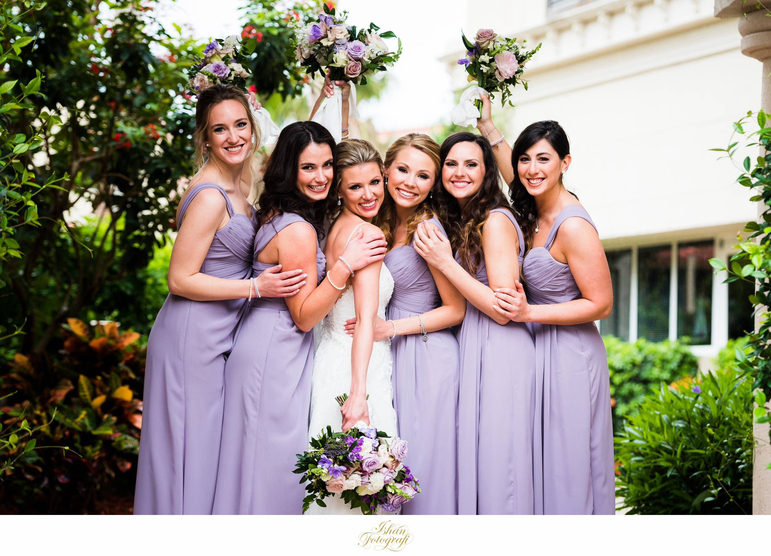 bridesmaids-marco-ocean-beach-resort-weddings