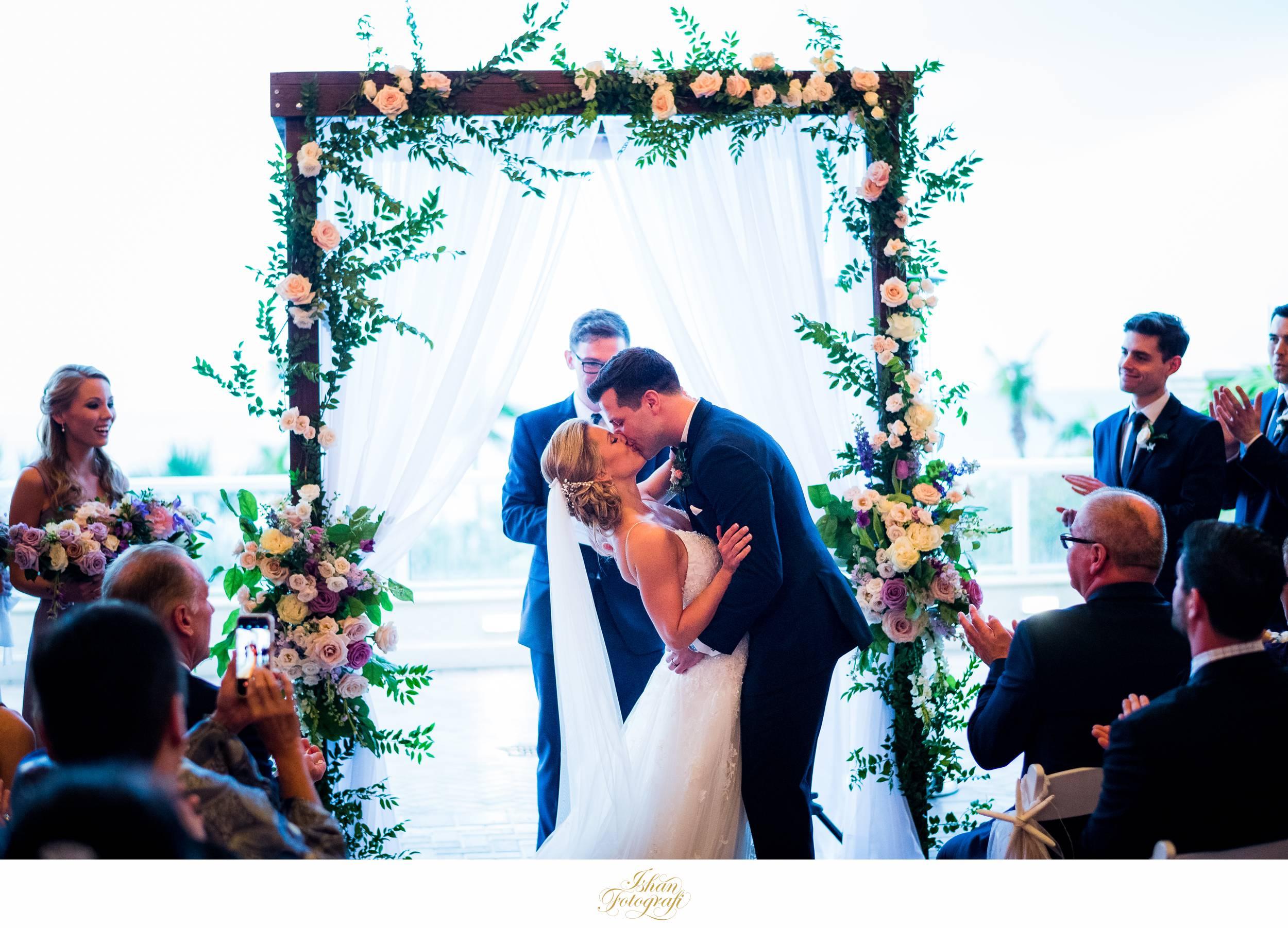 wedding-ceremony-marco-ocean-resort