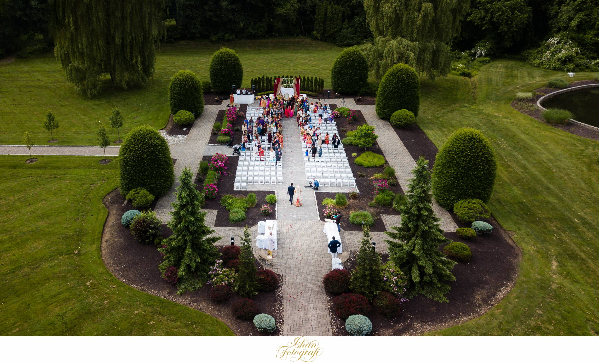 aqua-turf-club-outdoors-wedding-ceremony-photos
