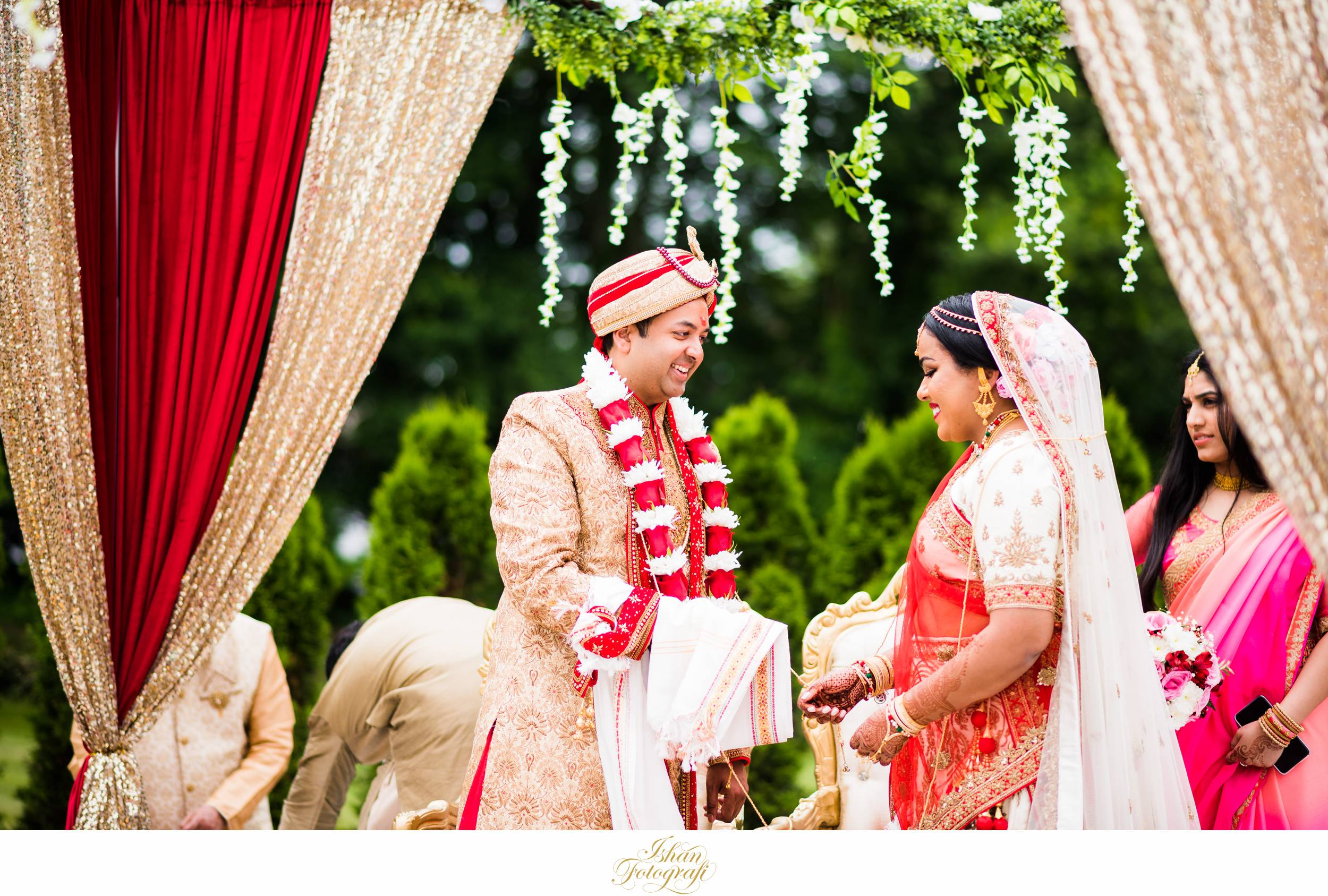 hindu-wedding-ceremony-aqua-turf-club