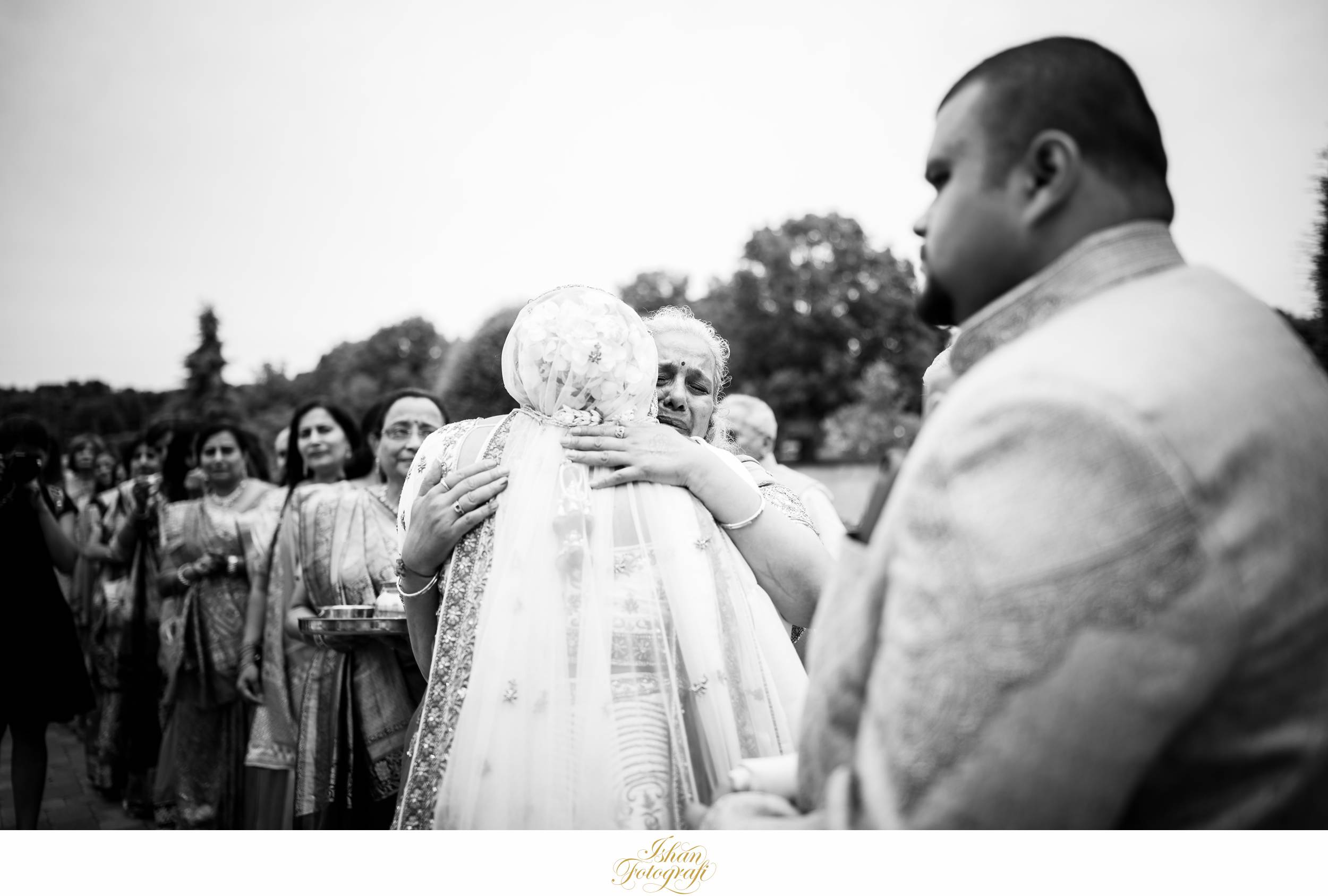 documentary-wedding-photographers-CT