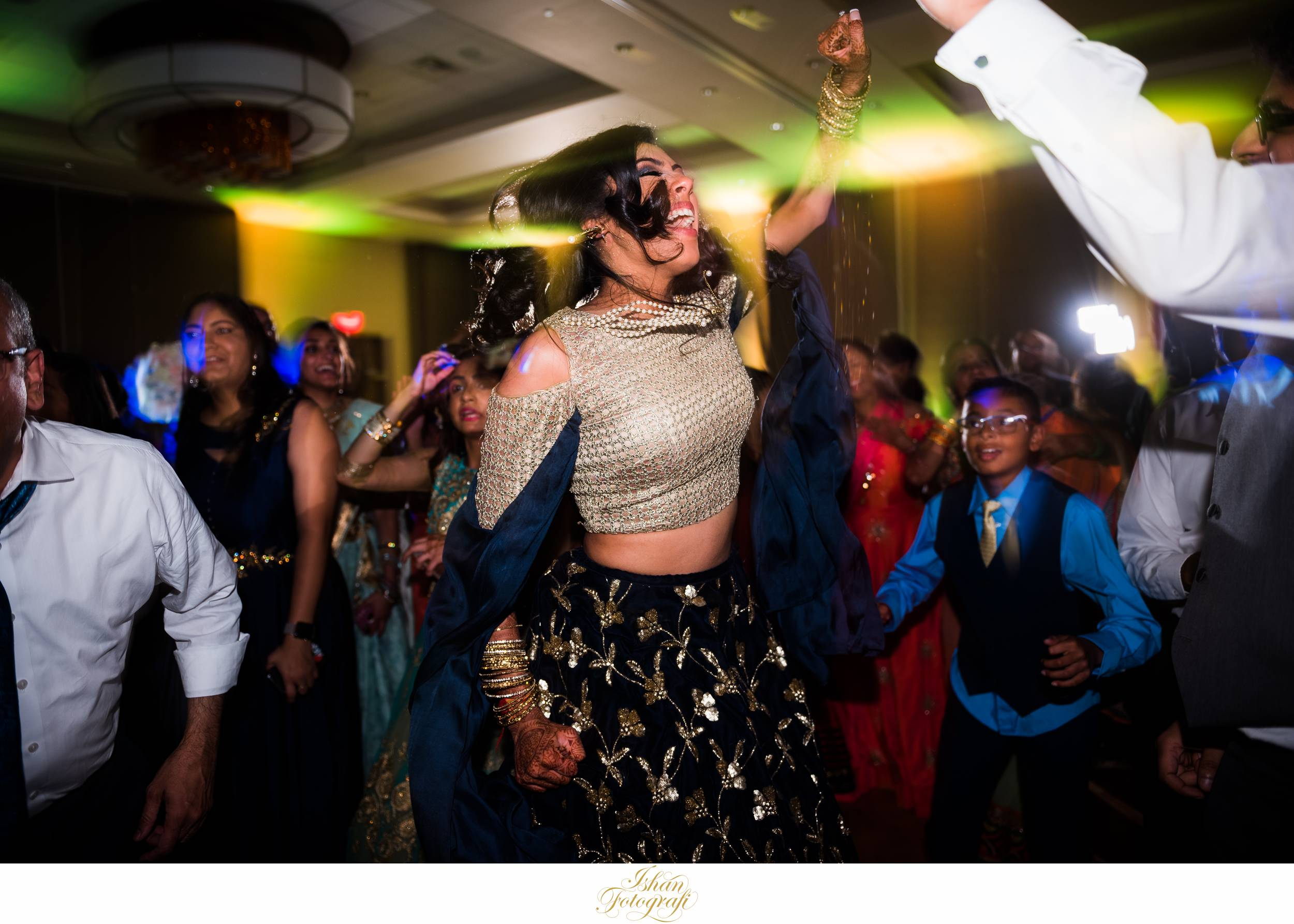 bride-wedding-reception-photos-reading-pa