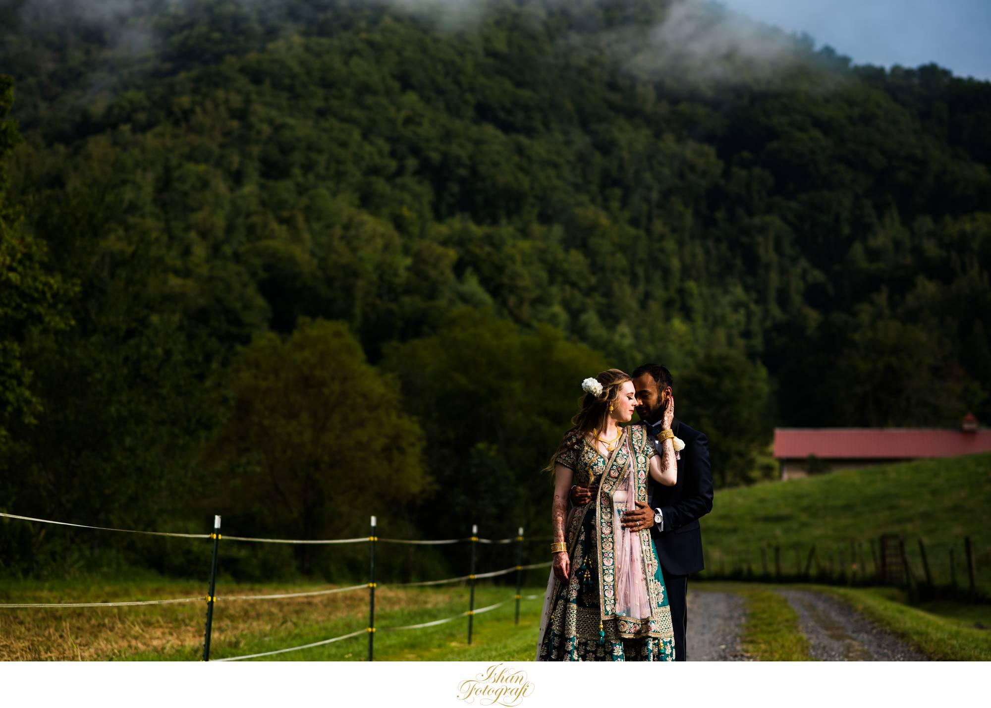 Claxton-farm-Weaverville-NC-wedding-photos