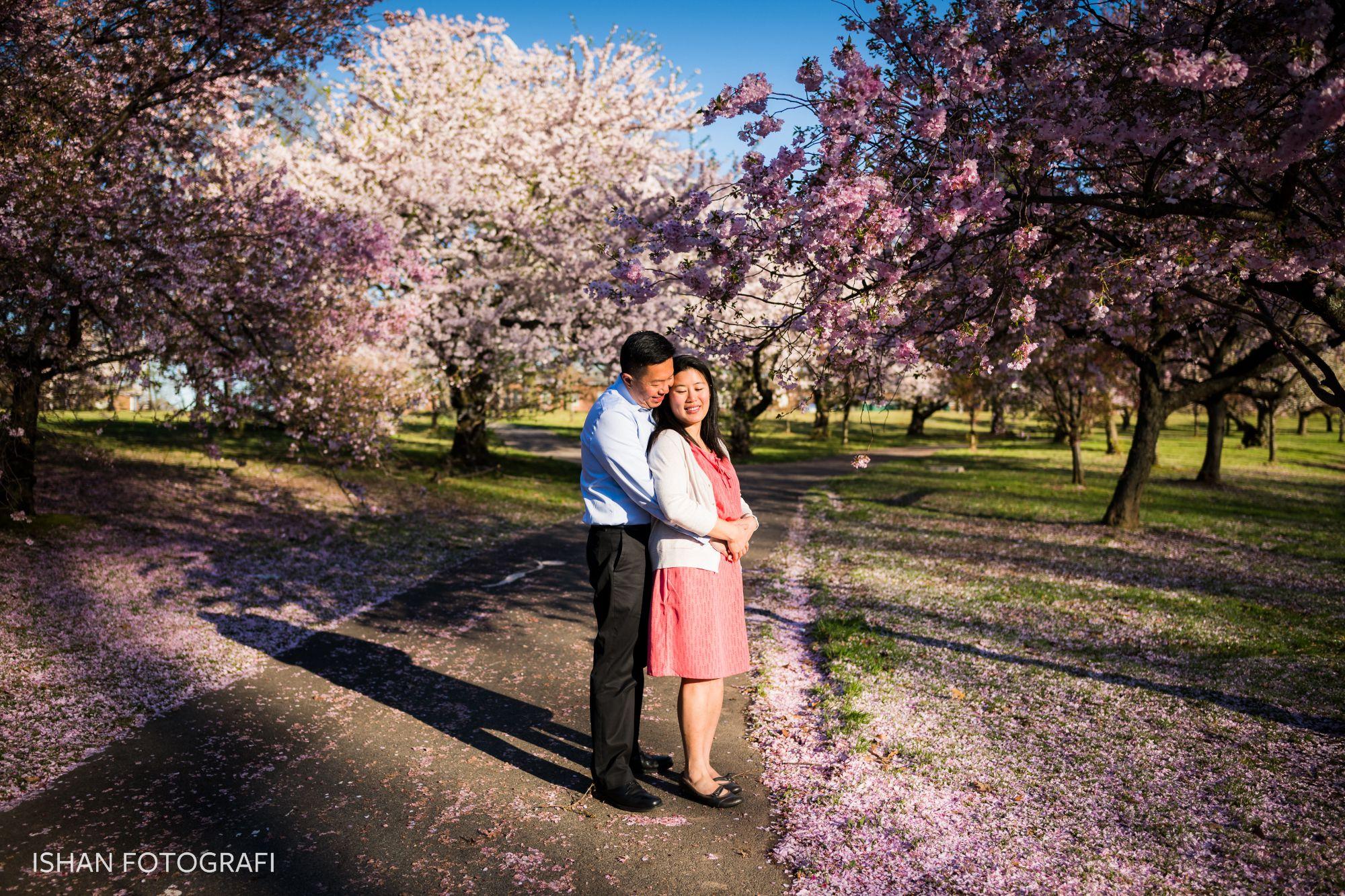 engagement-photos-at-branch-brook-park-NJ