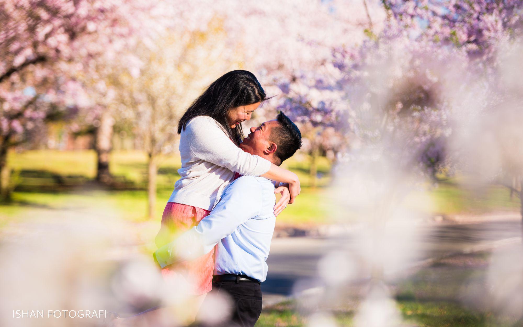 branch-brook-park-cherry-blossoms-engagement-photos