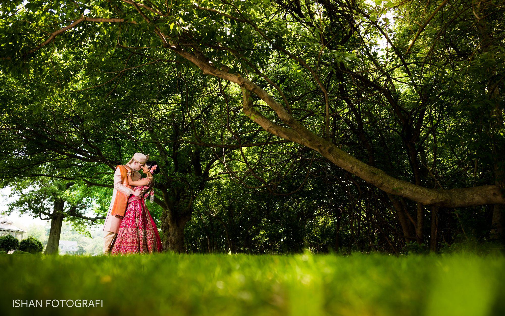 groom-bride-wedding-photos-kent-manor-inn-MD