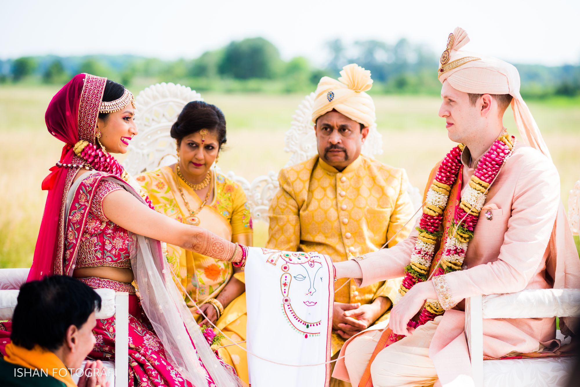 outdoor-wedding-ceremony-kent-manor-inn-stevensville-MD
