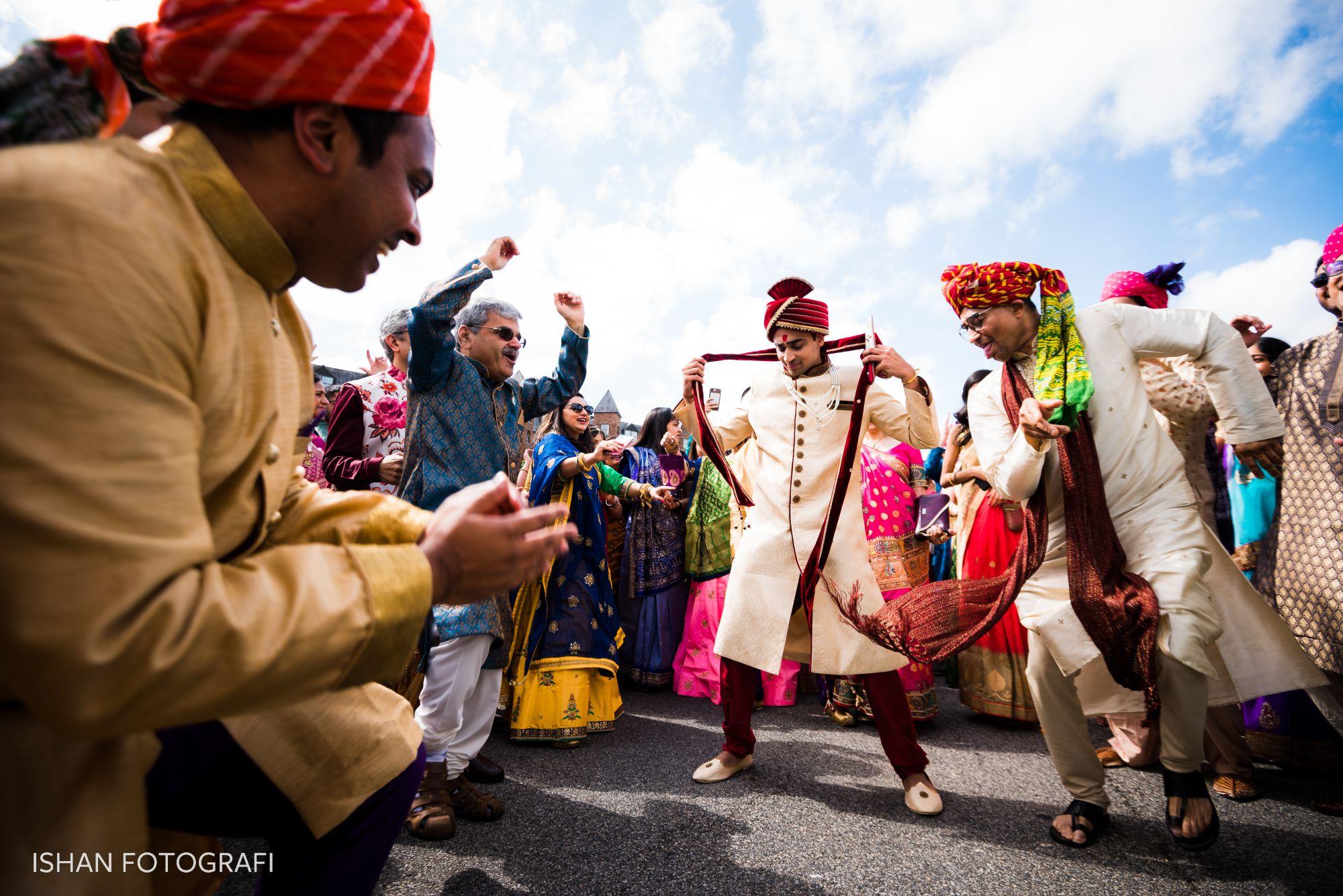 Indian-weddings-baraat-sheraton-parsippany