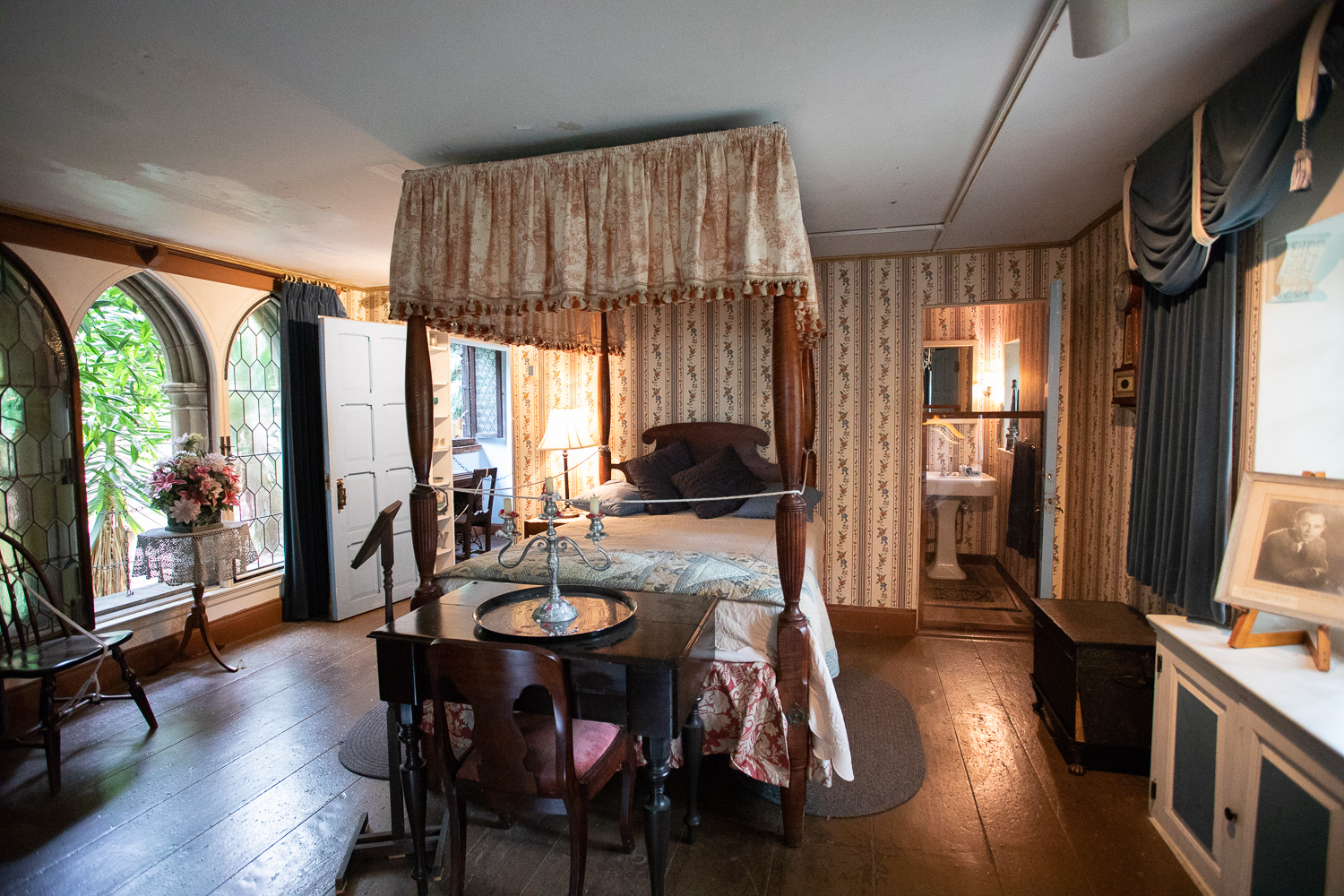 A guest bedroom. Mr. Hammond was a known prankster, and this room could be shut on all four sides by Mr. Hammond if he so chose.