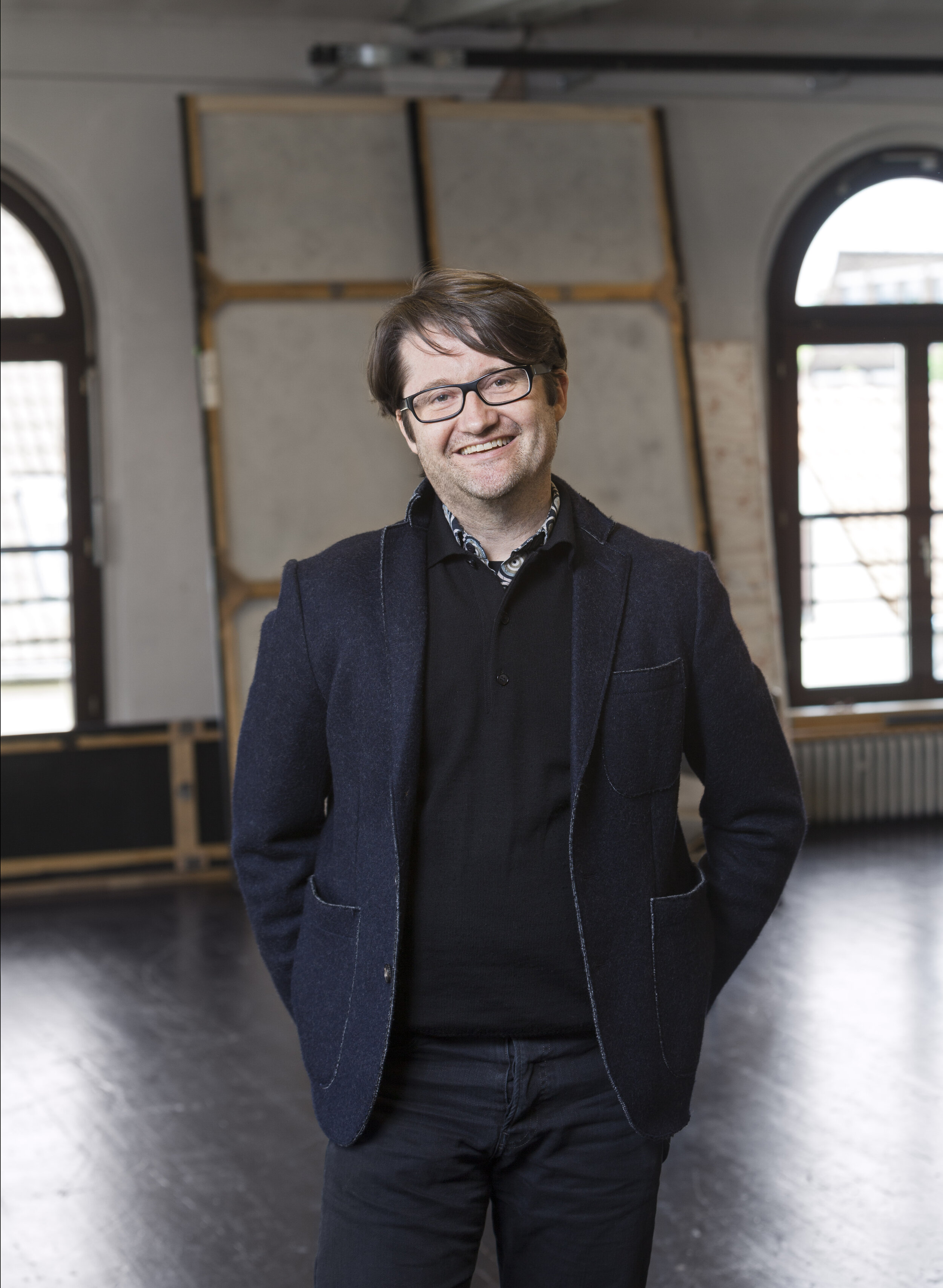 - At the same time, we are pleased to introduce a very competent successor: Gregor Zöllig, Chief Choreographer of the Tanztheater at the Staatstheater Braunschweig, will be the new Artistic Director of Choreography from 2020 onwards. The native Swiss has long been closely linked to the competition as a member of the jury and in 1996 was a prizewinner himself.