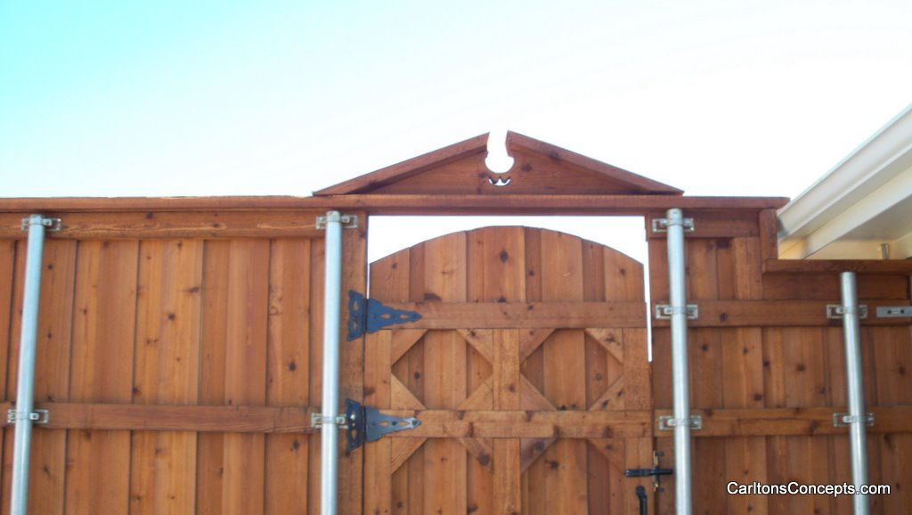 Fence_Gate_Construction_003.JPG