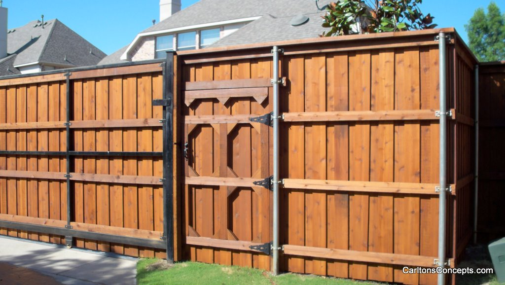 Fence_Gate_Construction_026.JPG